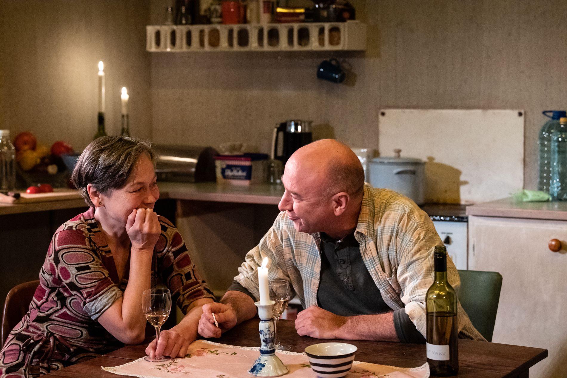 MØRK HUMOR: Teaterdramaet «Våre barn», med regi av Marie Blokhus, har norgespremiere lørdag.