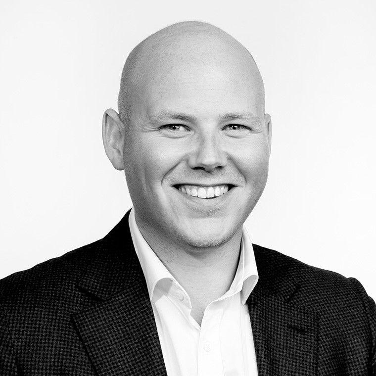 Kommunikasjonsansvarlig for sport i Discovery, Martin Hinsch, beklager feilen med sendeskjemaet søndag.