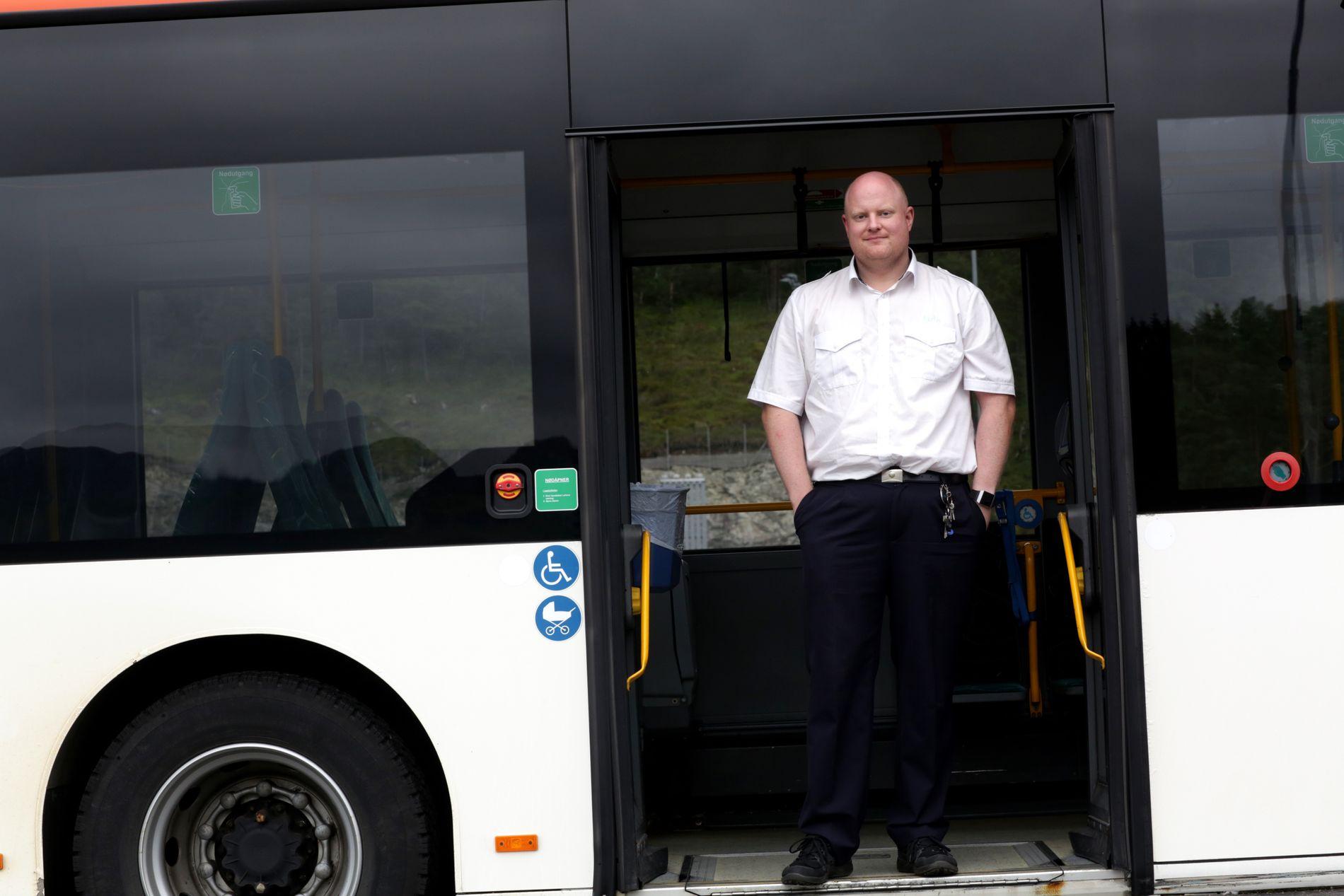 PENGESPØRSMÅL: Dessverre virker det ikke som om fylkeskommunen er interessert i å bruke ekstra penger på sine innbyggere når det er store arrangementer i byen, skriver bussjåfør Kim Bjarte Namtveit.
