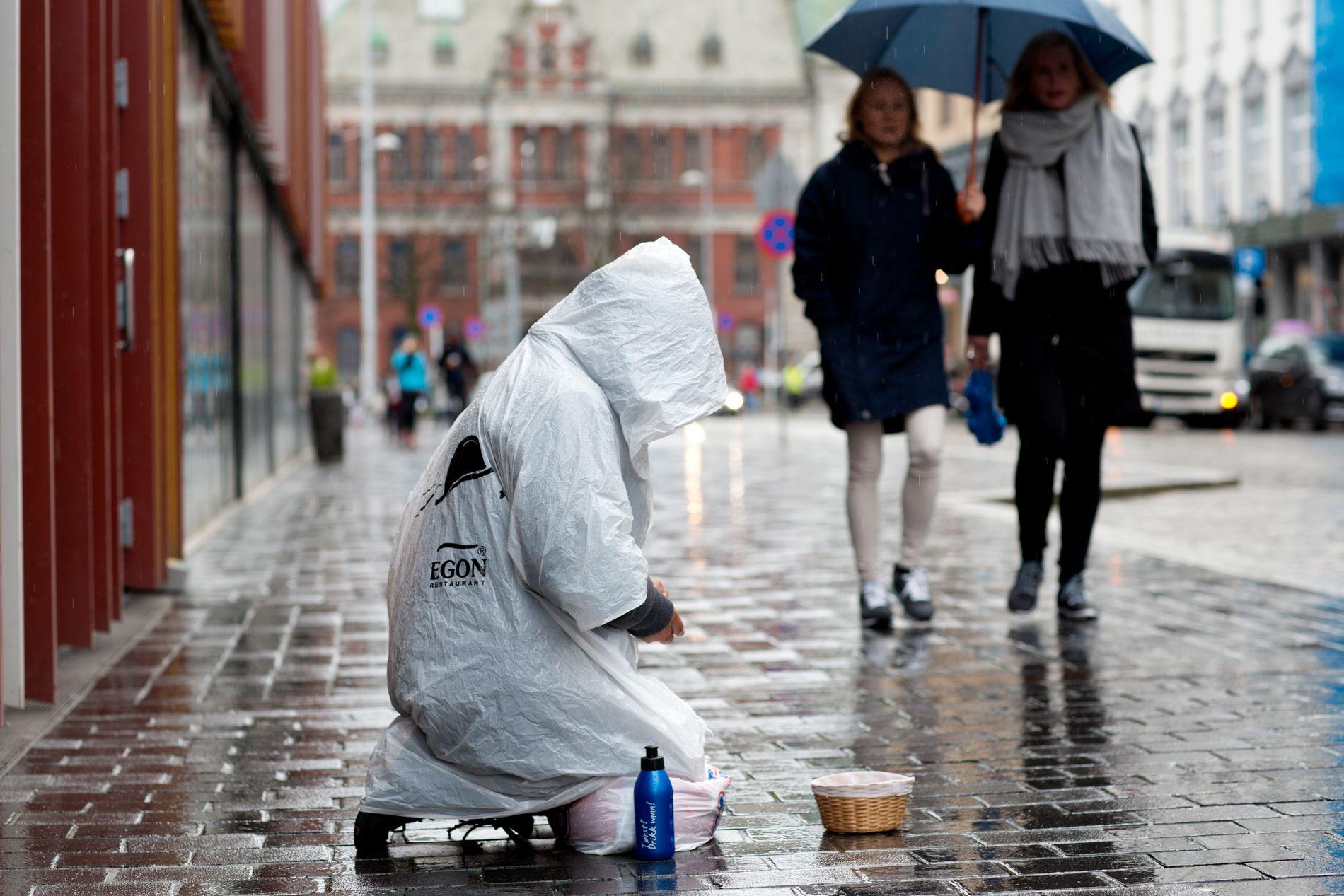 TIGGING: Bergen skal være en by der man behandler mennesker i nød med respekt, skriver innsenderen.