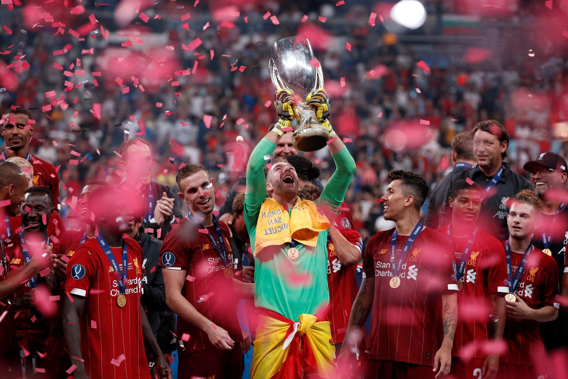 Liverpool jublet etter sesongens første trofé.