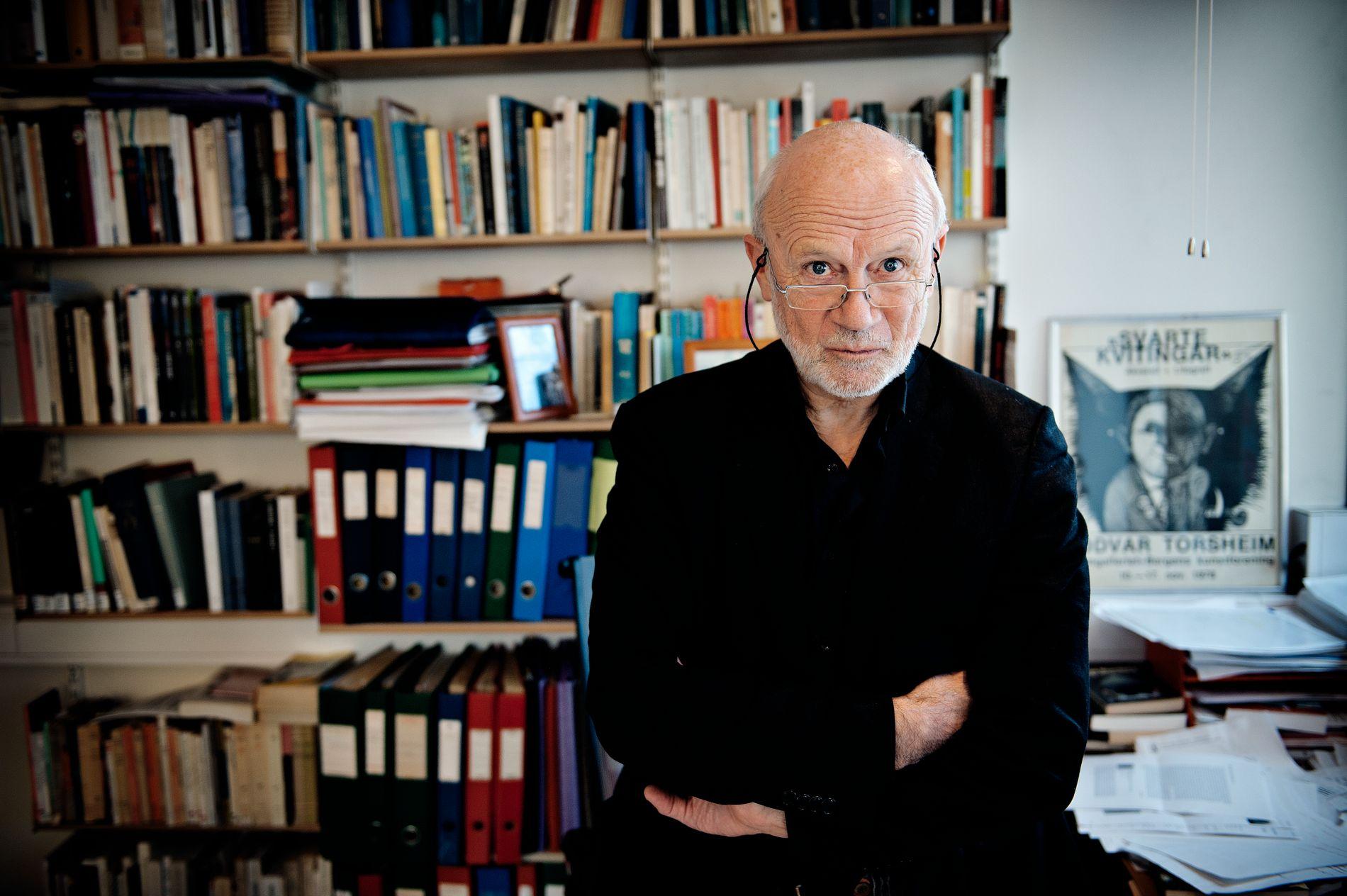 NESTOR: Litteraturprofessor Atle Kittang var med på å byggje opp eit eige institutt for litteraturvitskap på UiB på 1970-tallet. ARKIVFOTO: VEGARD VALDE
