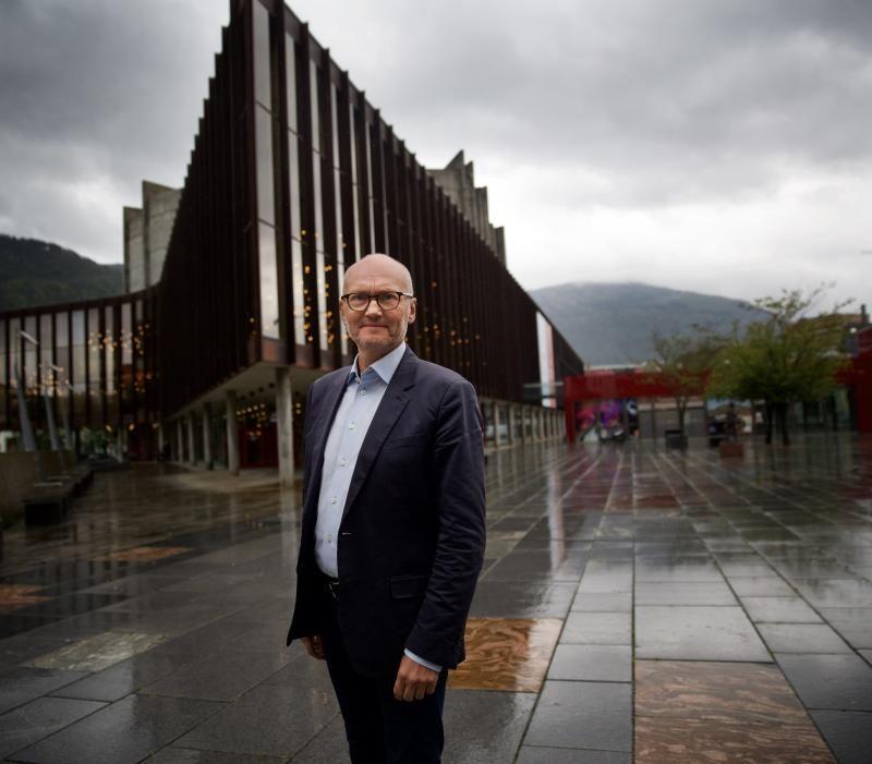 FESTSPILLSJEFEN: Det er ingen grunn til å tvile på festspilldirektør Anders Beyers varme følelser for Grieg og respekt for røttene i Bergens historie. Men Grieg-programmene blir av og til rene styrkeløft-øvelser, preget av plikt og pyntelighet.