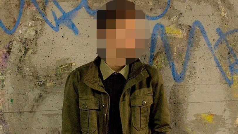 LASTET OPP: Dette er et av flere bilder av seg selv som den siktede 21-åringen lastet opp på internett kort tid før angrepet i moskeen.
