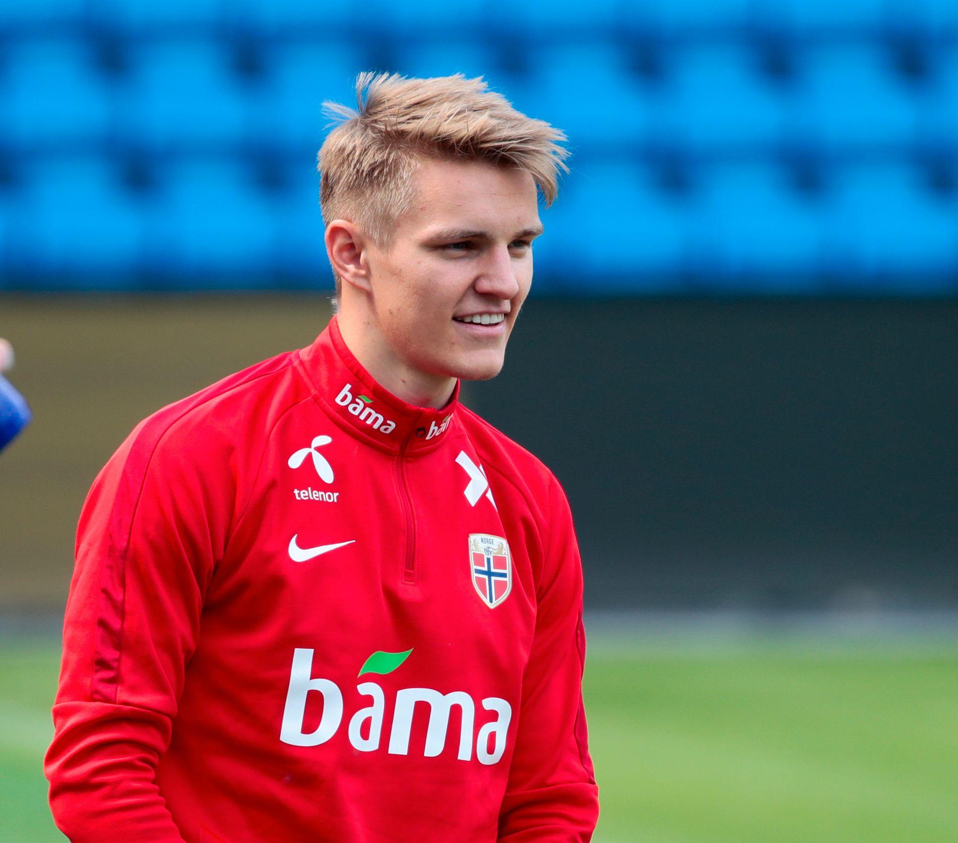 BREDSIDE: Martin Ødegaard angrep Ada Hegerberg for å skape støy foran VM i fotball. Angrepet skapte enda mer støy, påpeker BT-kommentator Anders Pamer.