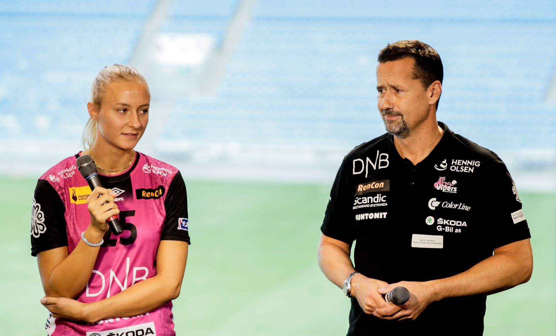 Henny Reistad representerte Vipers på tirsdagens «Avkast» i Oslo, men det er slett ikke sikkert at Ole Gustav Gjekstad får benytte seg av håndballkometen på banen i høstsesongen.