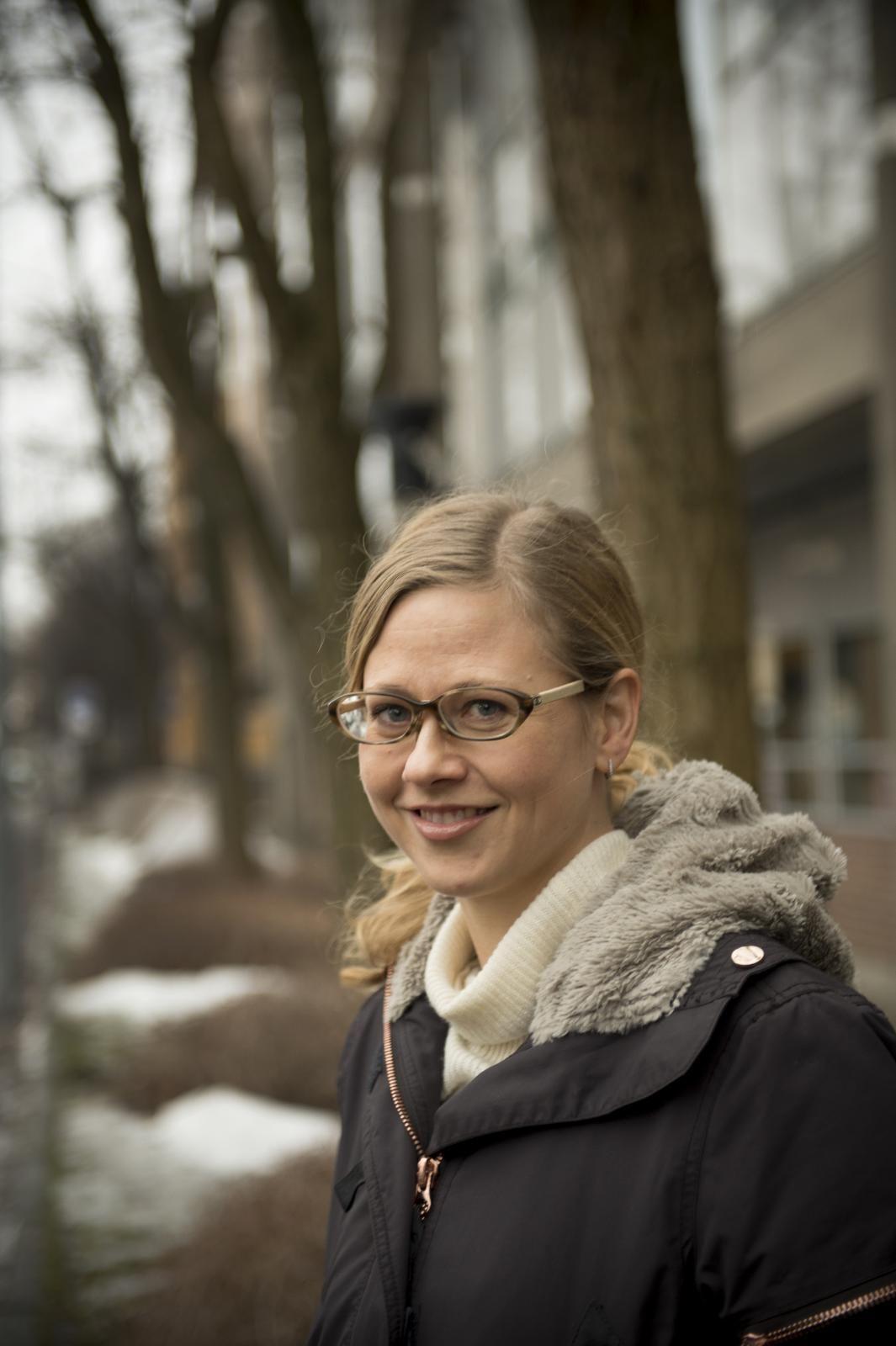 BØR VAKSINERE: Overlege Margrethe Greve-Isdahl ved Folkehelseinstituttet anbefaler alle å vaksinere seg. - Meslinger er ekstremt smittsomt, og 30 prosent av dem som får det ender opp med komplikasjoner, sier hun.