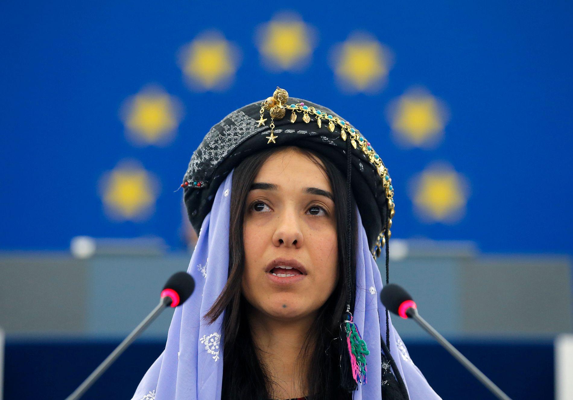 NY STOLTHET: Fredsprisen til Nadia Murad har gitt kurderne ny stolthet over sin identitet, skriver Haci Akman. Bildet er fra da hun holdt tale i Europaparlamentet da hun mottok Sakharov-prisen i 2016.