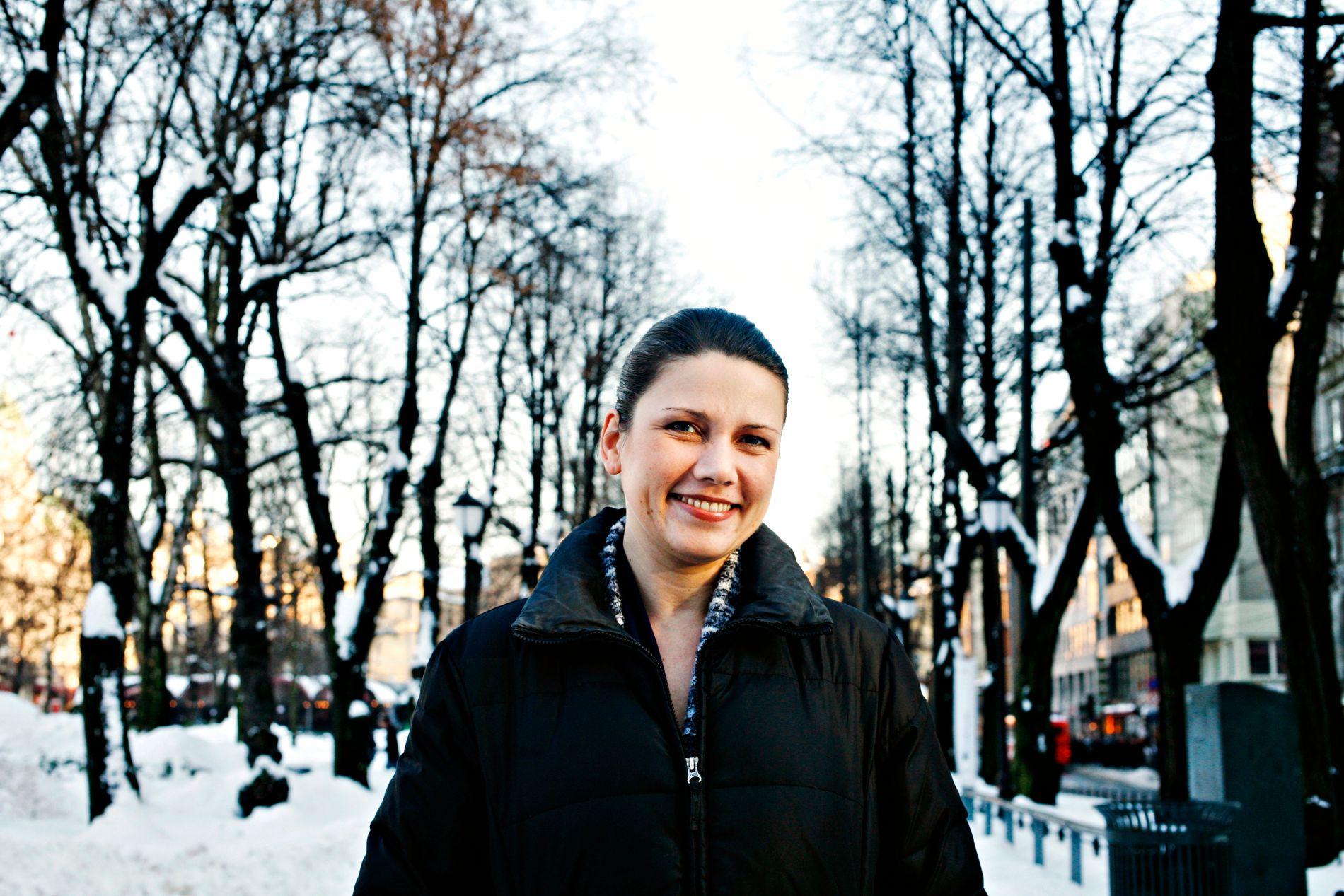 KRIG OG KUTT: Heidi Nordby Lunde (H) har varslet at hun vil gå til valg på å kutte i sykelønnen.  Fagforbundet kaller det en krigserklæring mot arbeidsfolk. Politikerne og partene i arbeidslivet må hale seg opp av skyttergravene og lytte til forskning og erfaring, skriver BT på lederplass.