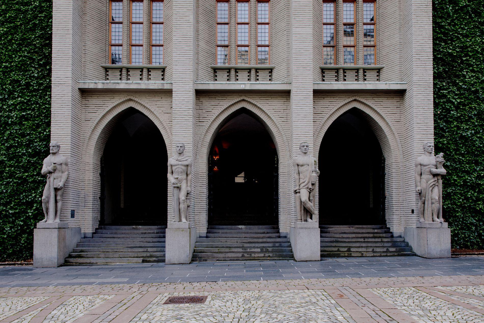 UTKÅRET: Bergen Tinghus er med i finalen. Stem på byens fineste bygg.