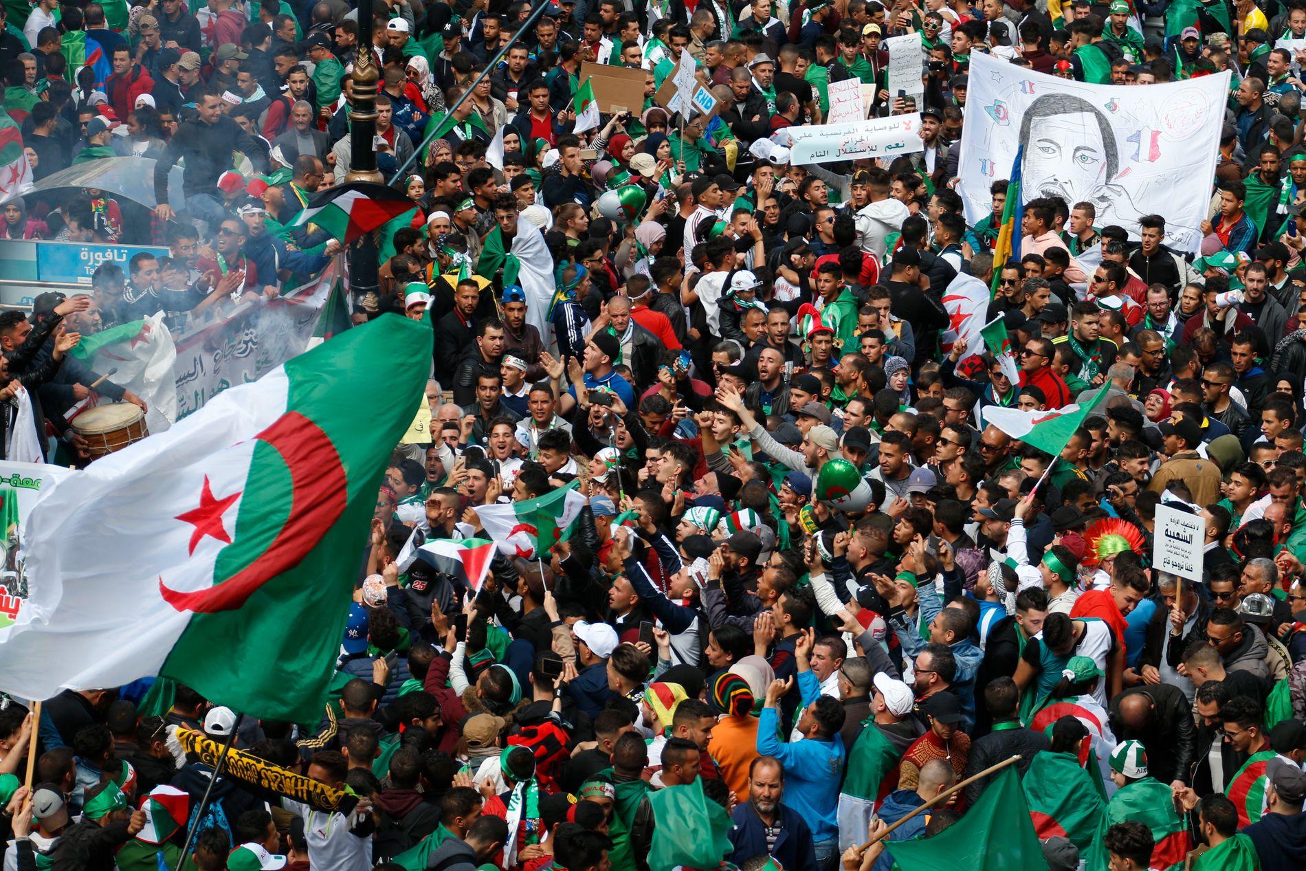 ALGERIE: – Avgangen til Bouteflika er mest symbolsk. Men symbolsigrar gir håp, skriv Morten Myksvoll.