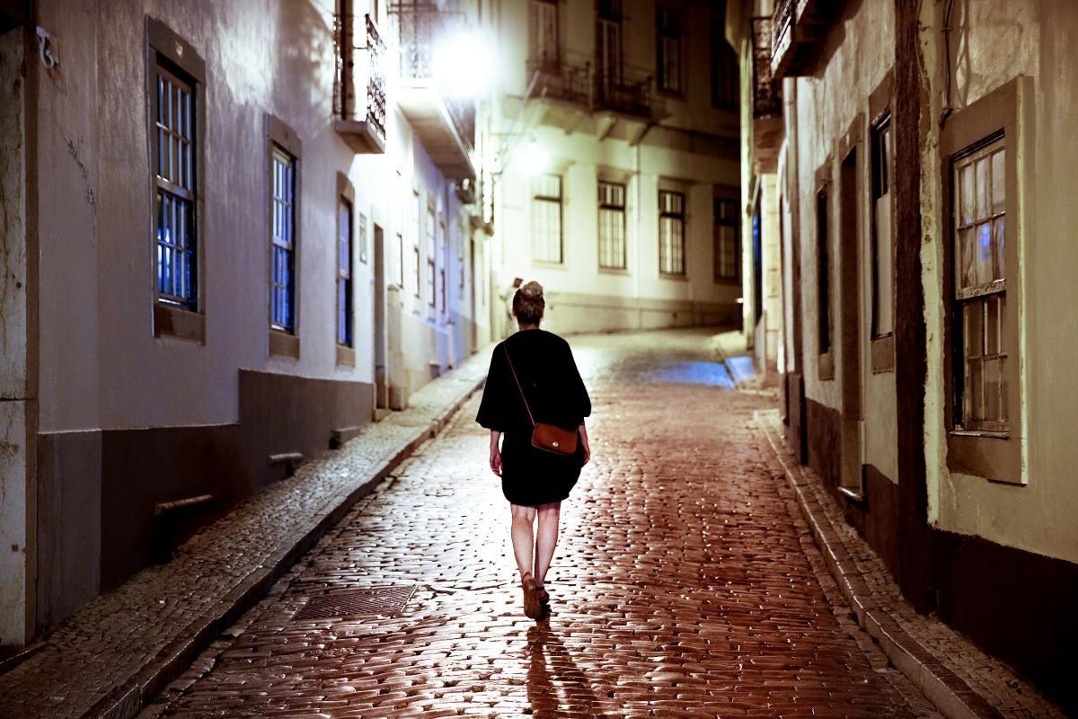 GAMLEBYEN: Faros gamleby «Vila Adentro» ble bygget på 800-tallet, men har gjennomgått krig og ødeleggelser i århundrene siden.