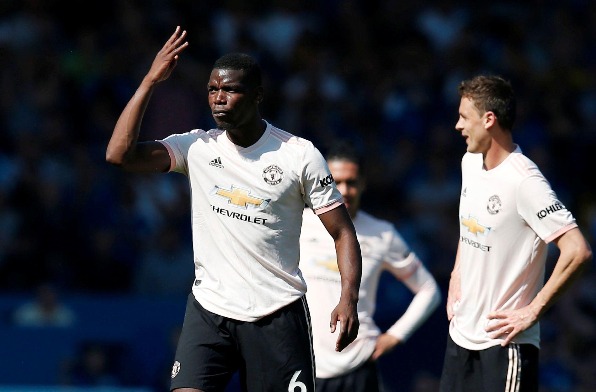 Paul Pogba og de andre Manchester United-spillerne kan ikke si seg fornøyd med prestasjonen i den blå delen av Liverpool 1. påskedag.