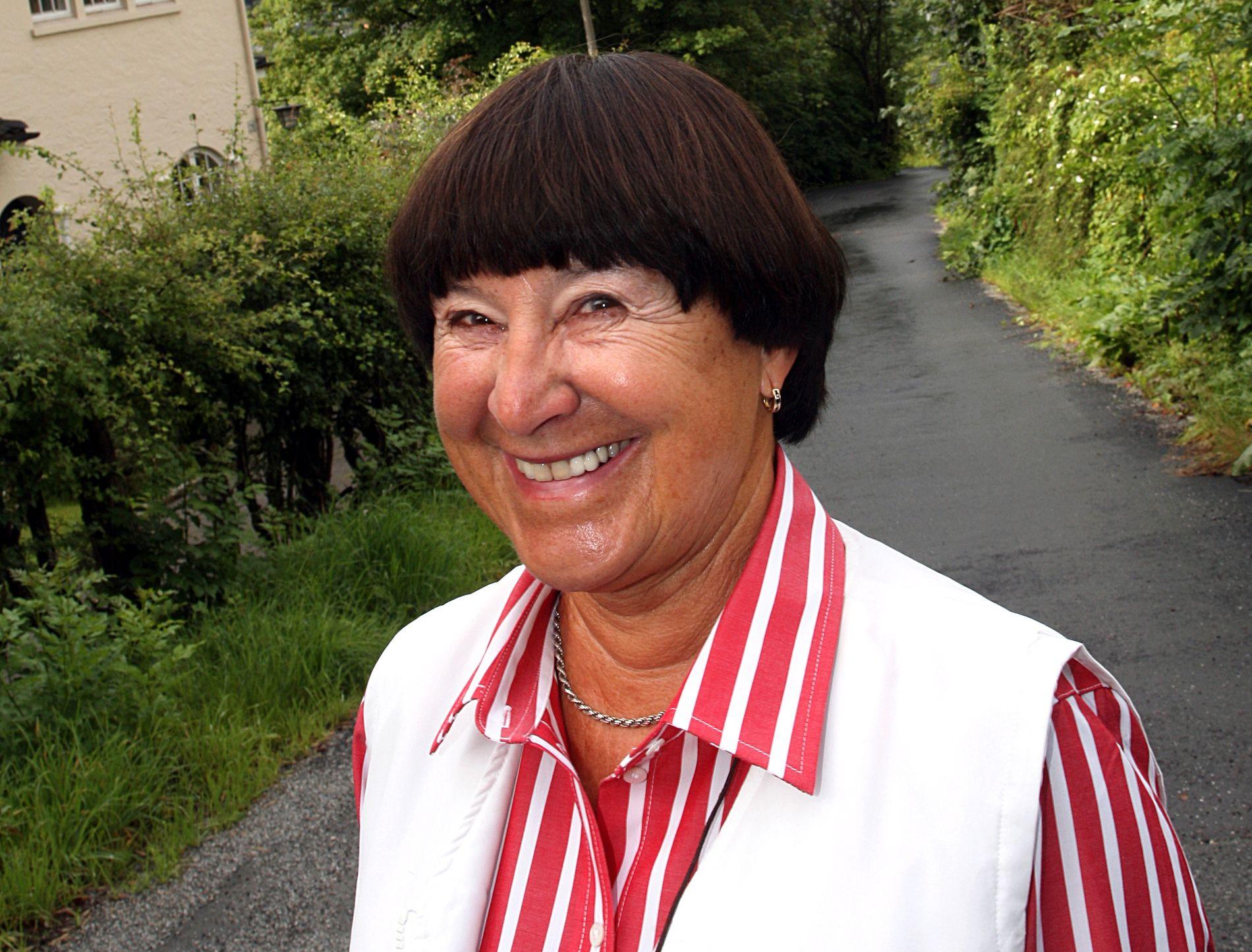 TIL BERGEN I 1958:  Foreldrene mine likte min norske venn, men hadde nok helst sett at jeg fant meg en kjekk gutt fra nærmiljøet, skriver Gerda Moter Erichsen.