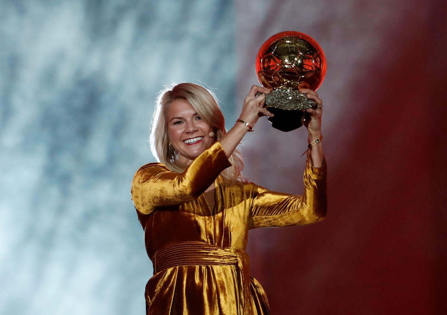 VERDENS BESTE: I fjor vant Ada Hegerberg Gullballen etter å ha blitt kåret til verdens beste kvinnelige fotballspiller.