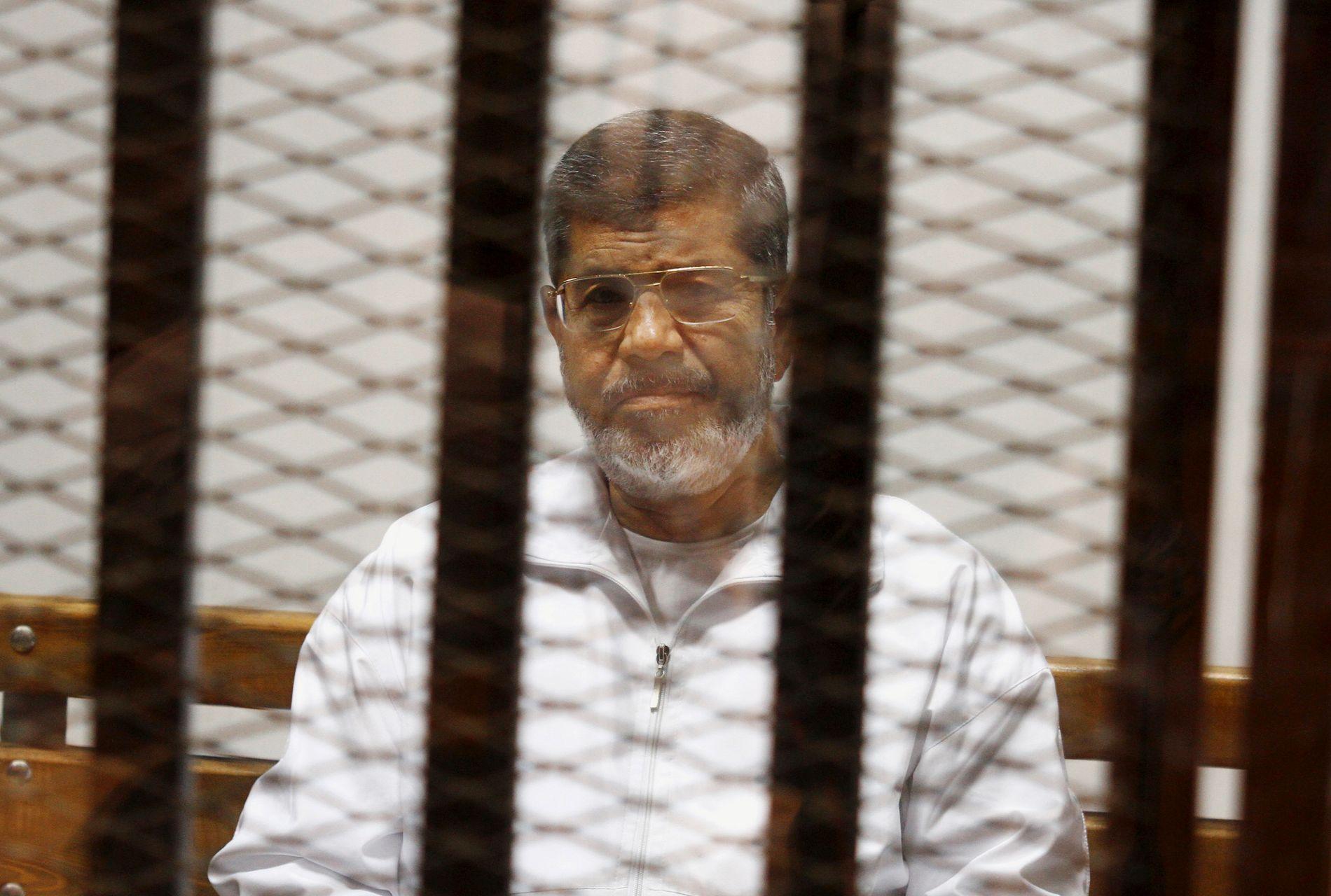 FENGSLA: Den valde presidenten i Egypt, Mohamed Morsi, vart avsett i eit militærkupp i 2013.