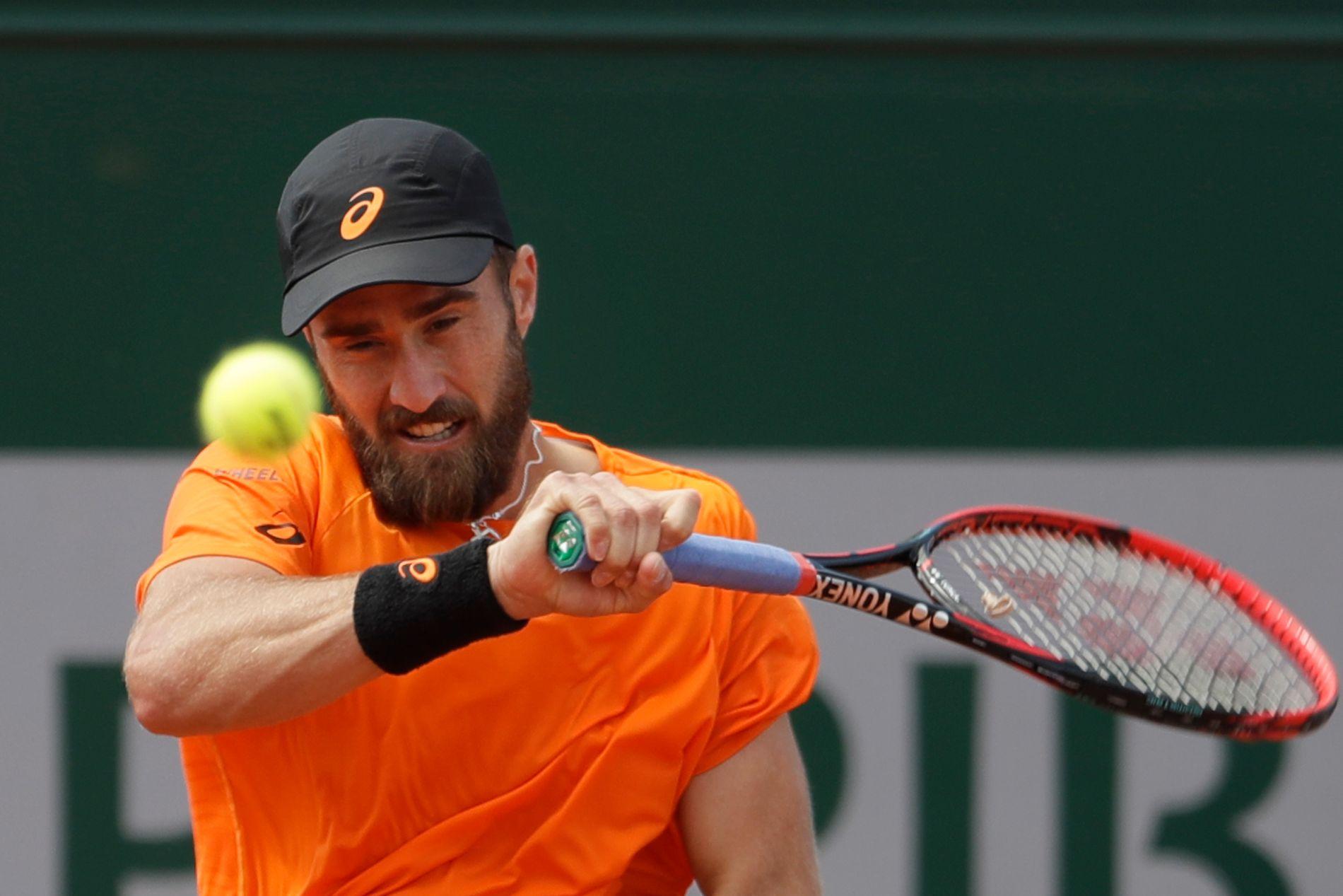 Steve Johnson sikret en episk French Open-seier tirsdag.