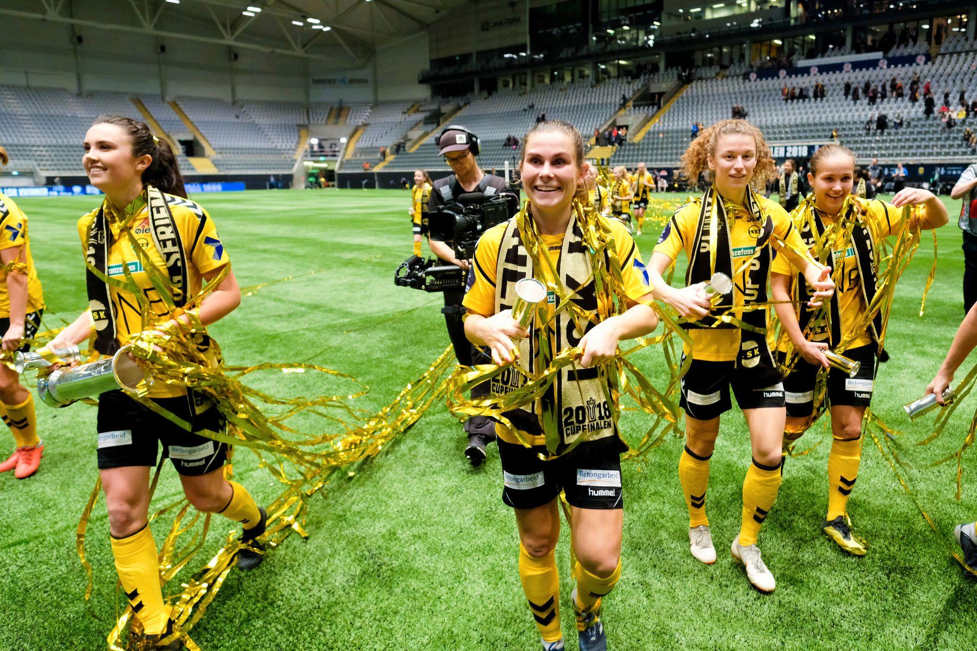 LSK-spillerne kunne slippe jubelen løs etter å ha blit cupmestere for fjerde gang på fem forsøk.