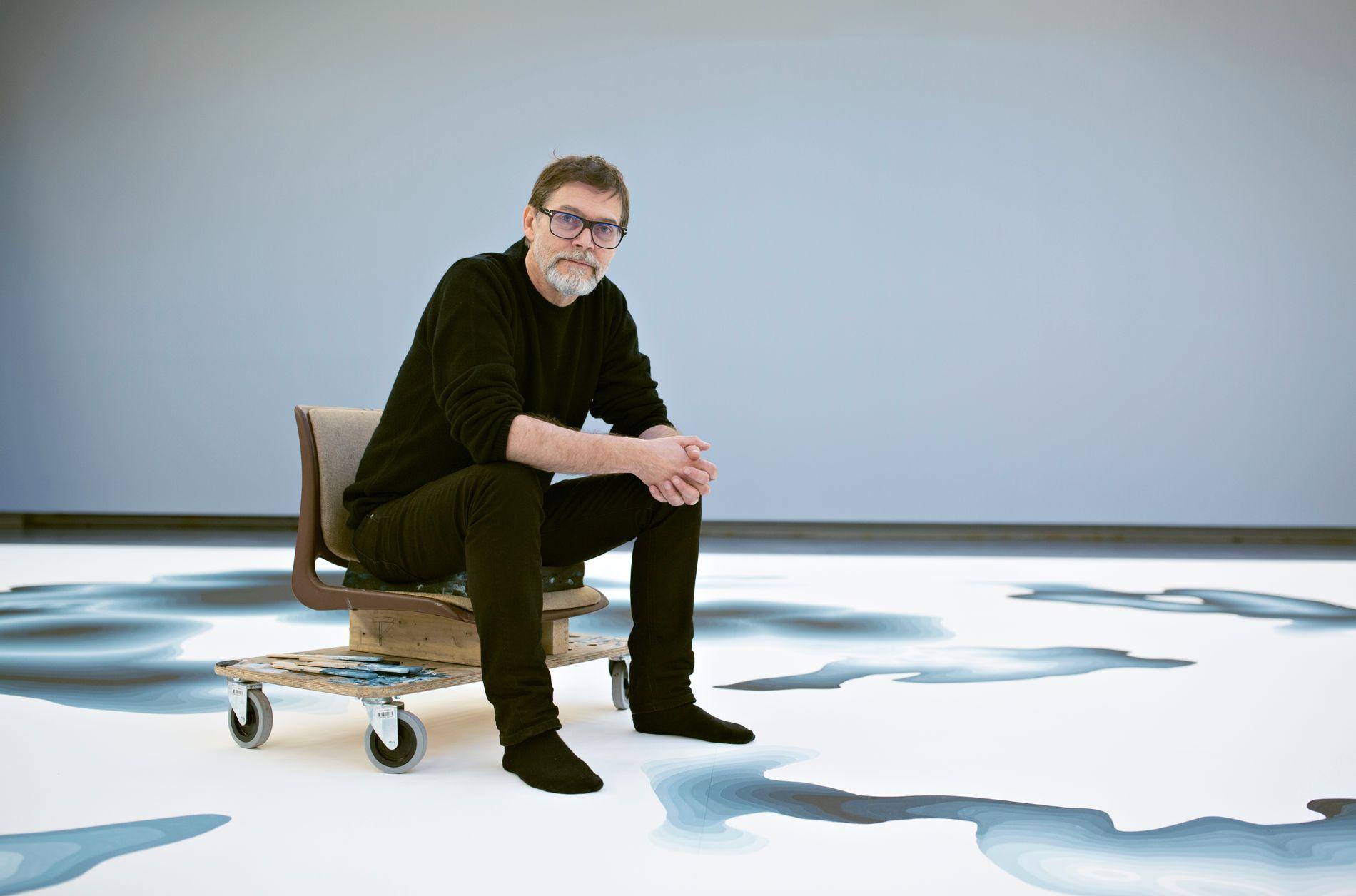 STENERSENS VAREHUS: Fredag blir siste sjanse til å se verket «Flat Acrylic» av Ole Jørgen Ness.
