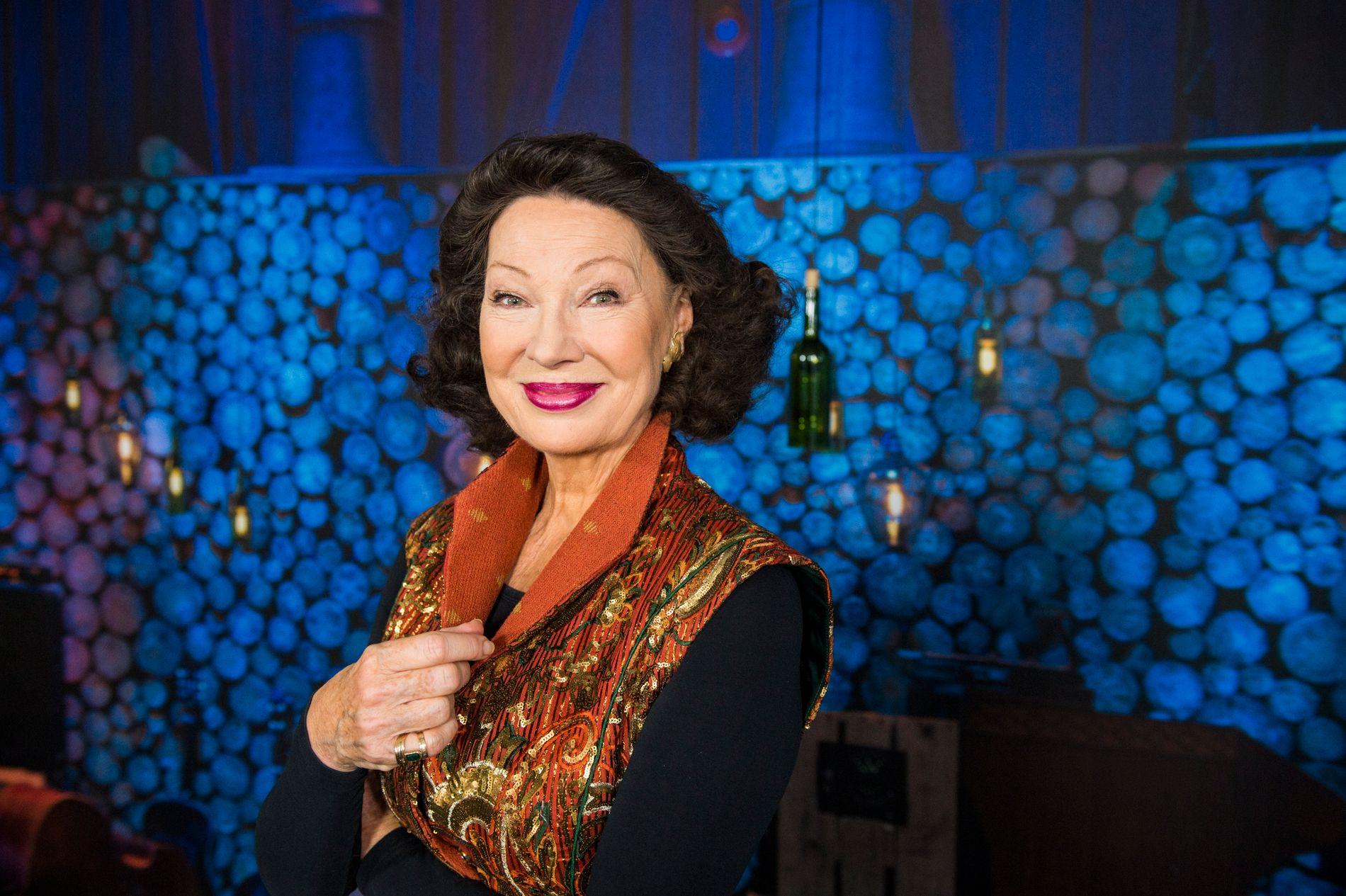 Artist og tidligere kulturminister Åse Kleveland var stor tilhenger av Tom Lund. Hun har god tro på at Arne Erlandsen er rett mann for LSK.