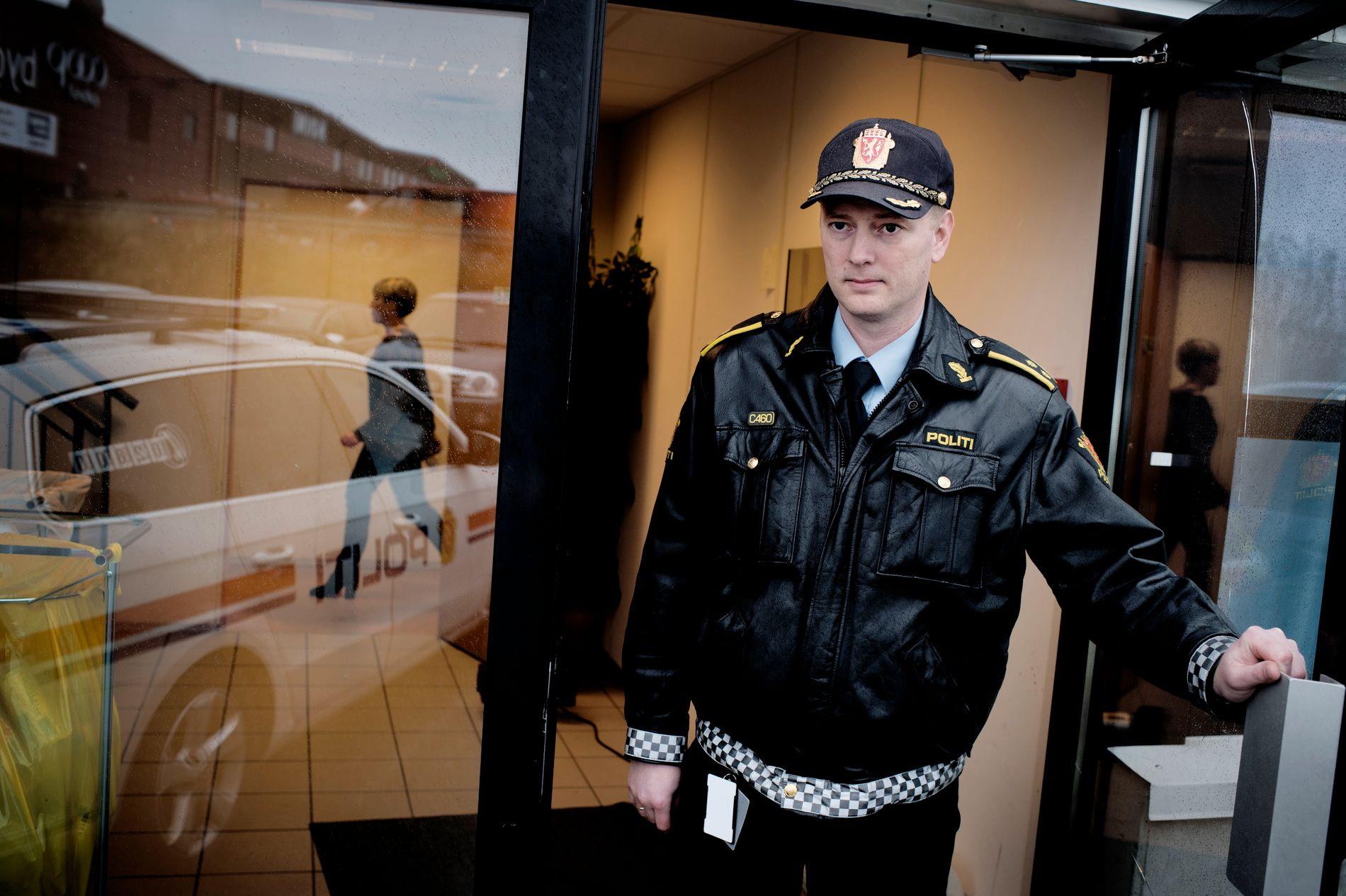 Thomas Sørensen hos politiet.
