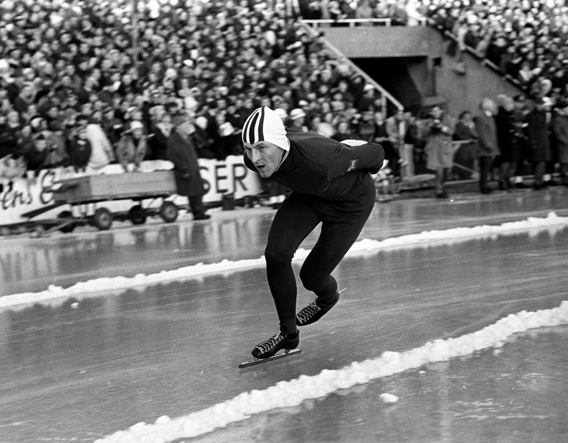 DISTANSEKONGEN: Fred Anton Maier satte til sammen 11 verdensrekorder på de to lengste distansene. Her vinner han europamesterskapet på Bislett i 1968, med ny verdensrekord på 10.000 meteren med tiden 15.20,3. Den sympatiske vestfoldingen tok også VM-gull og OL-gull.