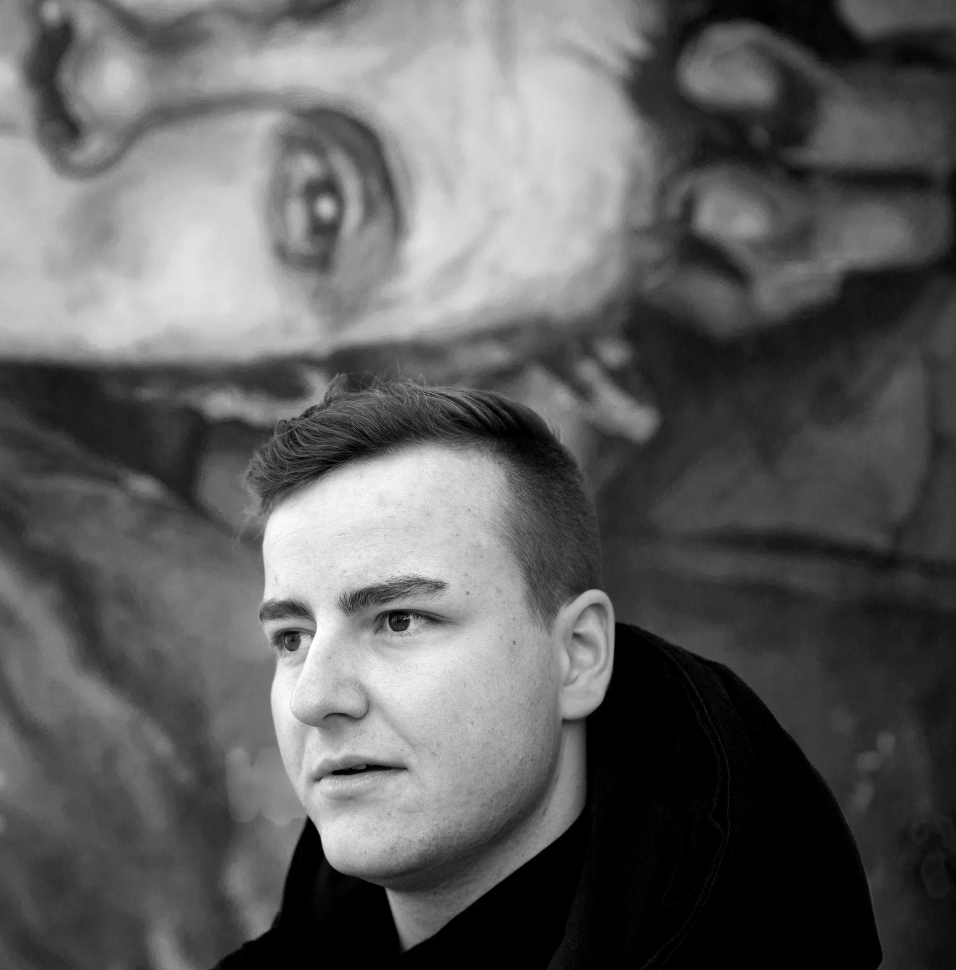 DJ-STUDENT: - Det viktigste og beste med studiet har vært å bli kjent med andre som driver med både elektronisk og tradisjonell musikk, sier artist Sonny Alven, som studerer musikk i Kristiansand.
