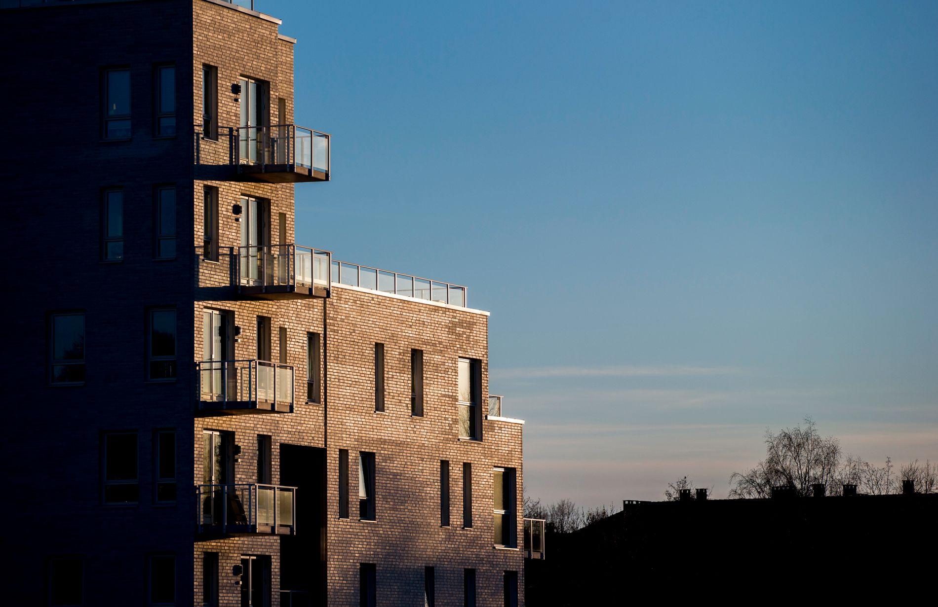JANUAR: Prisene steg i januar og rekordmange boliger ble solgt.