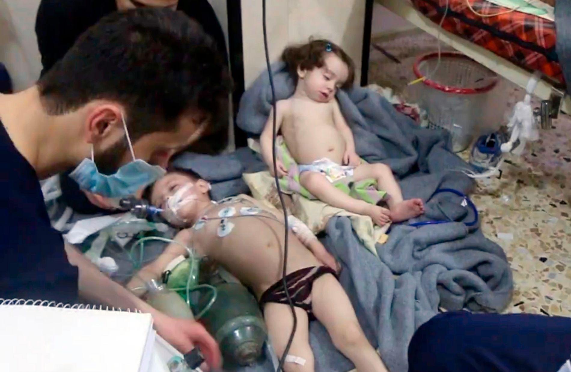 ANGREP: 500 innbyggere i Douma viser tegn på å ha blitt utsatt for et kjemisk angrep, ifølge Verdens helseorganisasjon.