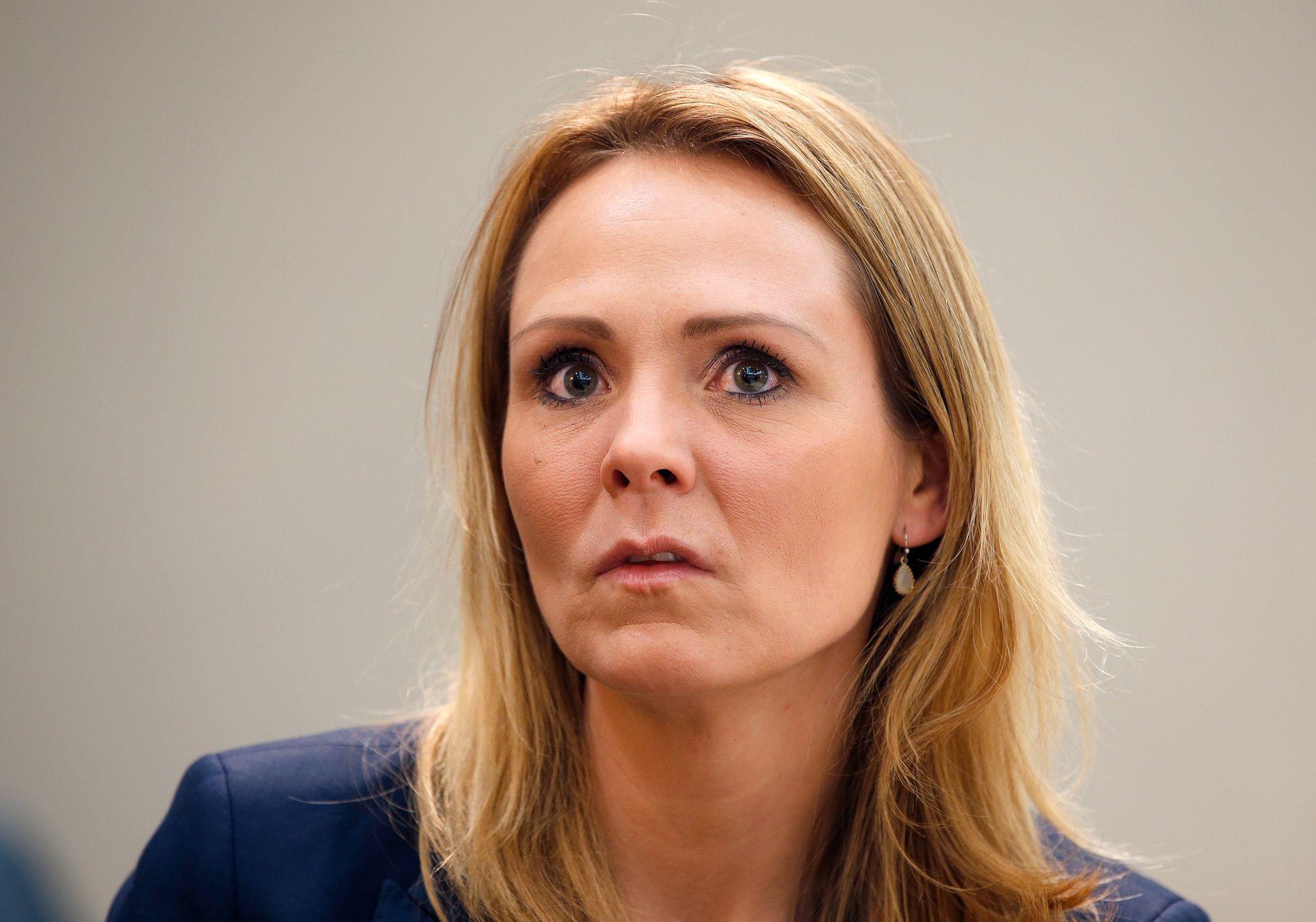 Kulturminister Linda Hofstad Helleland sier et klart nei til å gi utenlandske spillselskap lisens i Norge.