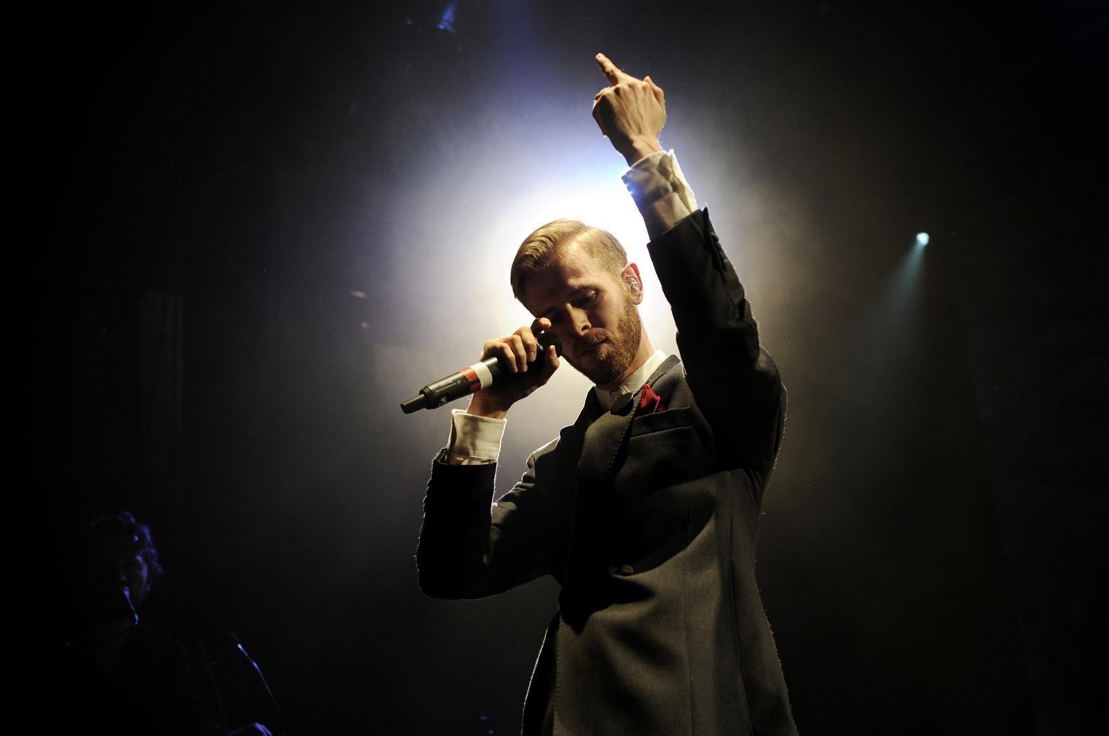 HVA SKJER I HELGEN? På lørdag vender Lars Vaular tilbake til Bergen for å spille konsert på Klubb Kok. Tidligere denne uken slapp Vaular albumet «666 ALT». Albumet fikk fem hjerter av BTs anmelder.