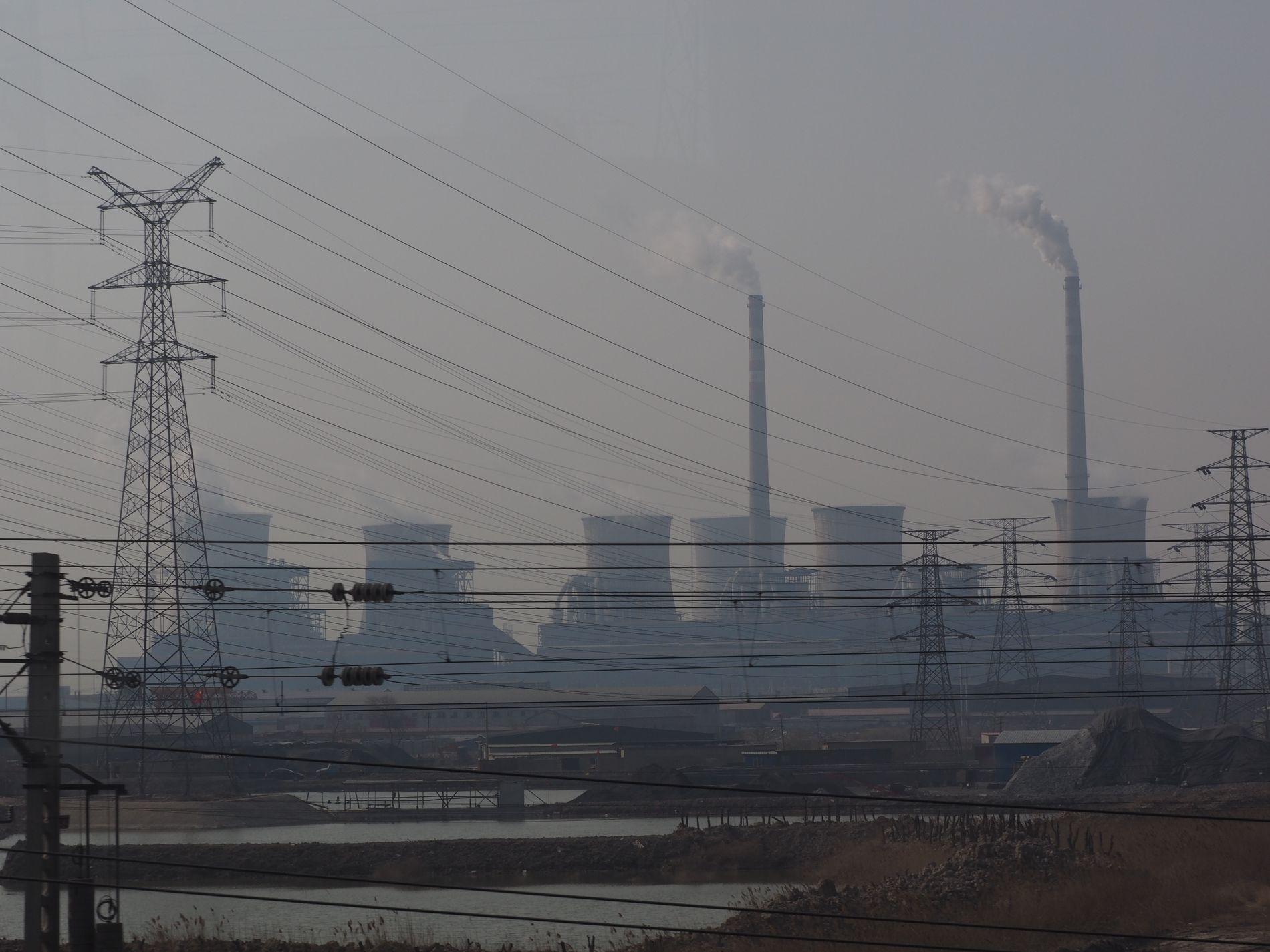 SKITEN STRAUM: Medan Kina byggjer færre kolkraftverk, aukar dei kraftig finansieringa av kolkraft i fattige samarbeidsland.