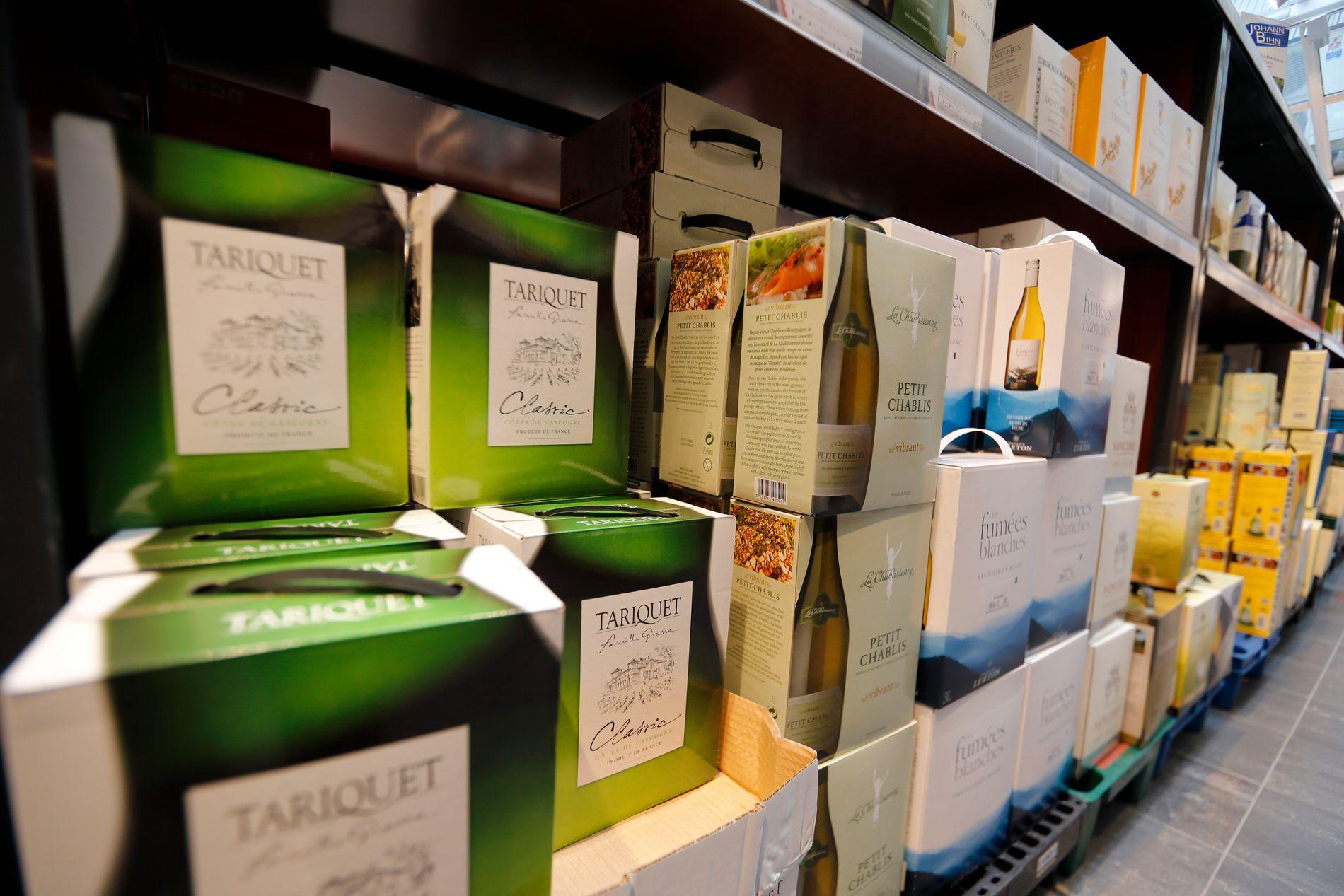 NORSK KULTUR: «Vin er en del av norsk kultur, og avhold er en personlig sak. Har Helsedirektoratet virkelig ikke bedre forslag til Norges helse enn pappvinforbud», skriver innsender.