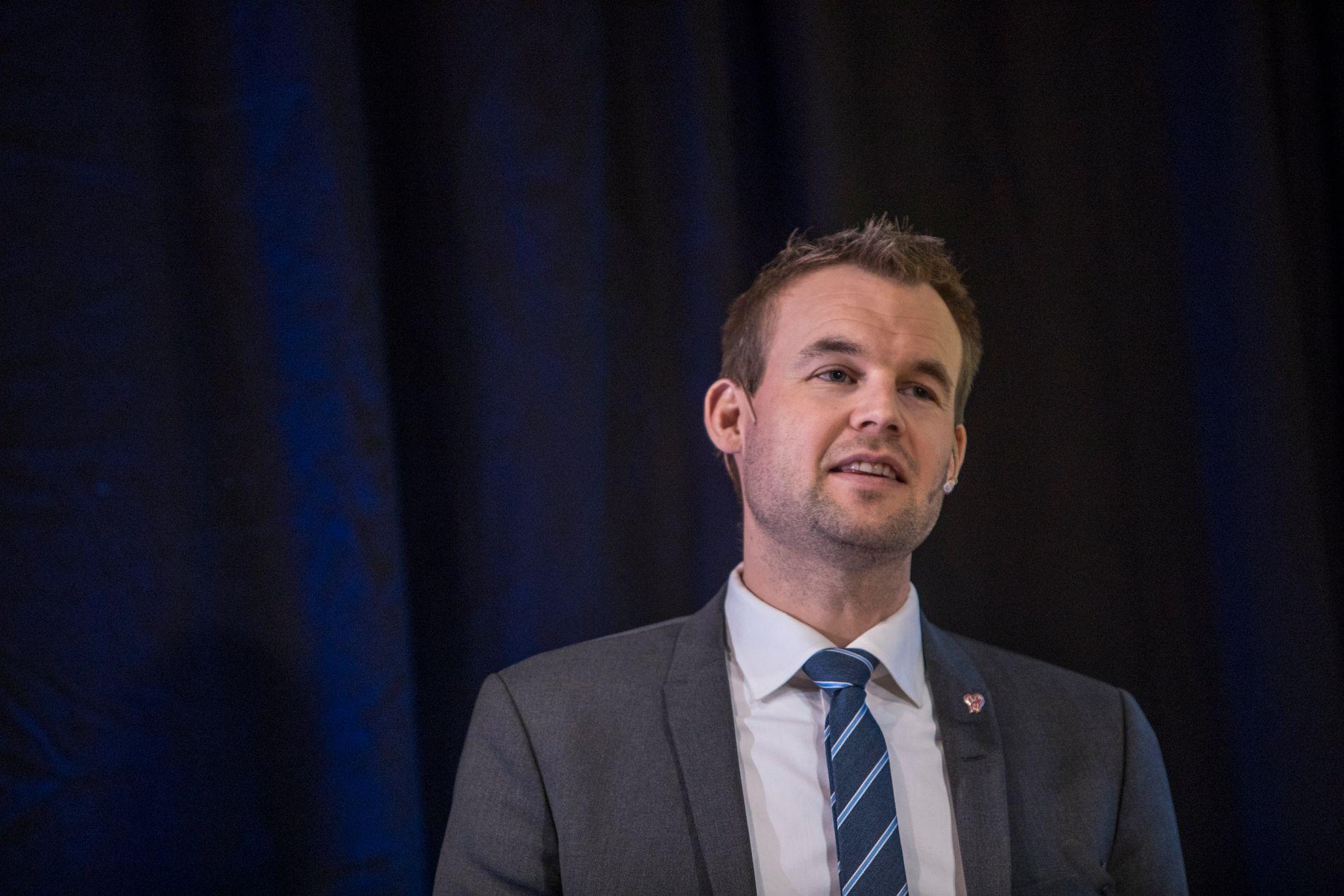MÅ VEKSE: Det viktigaste Ropstad kan gjere framover, for å samle partiet, er at KrF veks på målingane, skriv Morten Myksvoll.