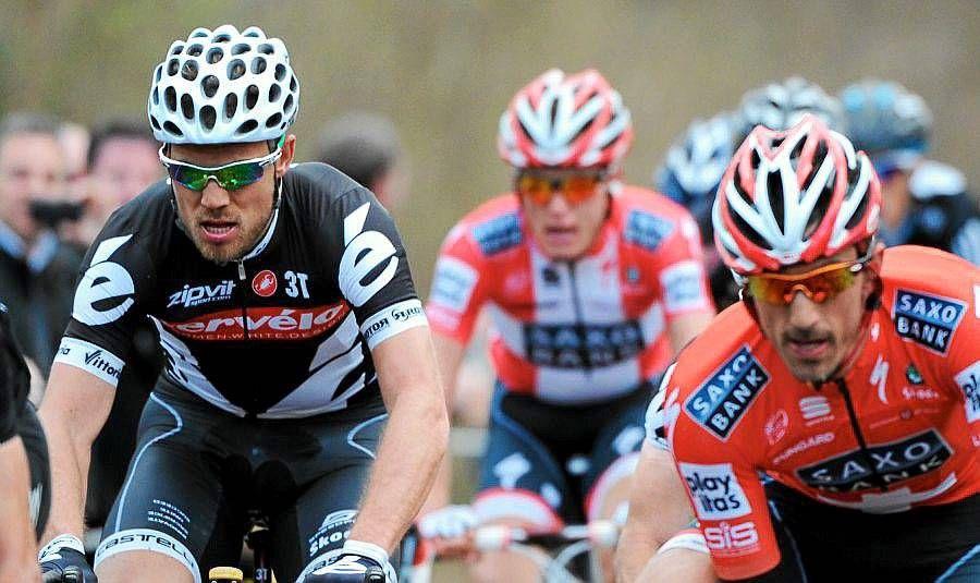 Fabian Cancellara (t.h.) syklet enkelt fra Thor Hushovd og konkurrentene under Paris-Roubaix. Sørlendingen tror sveitseren gjorde det fordi han var sterkere enn alle andre.