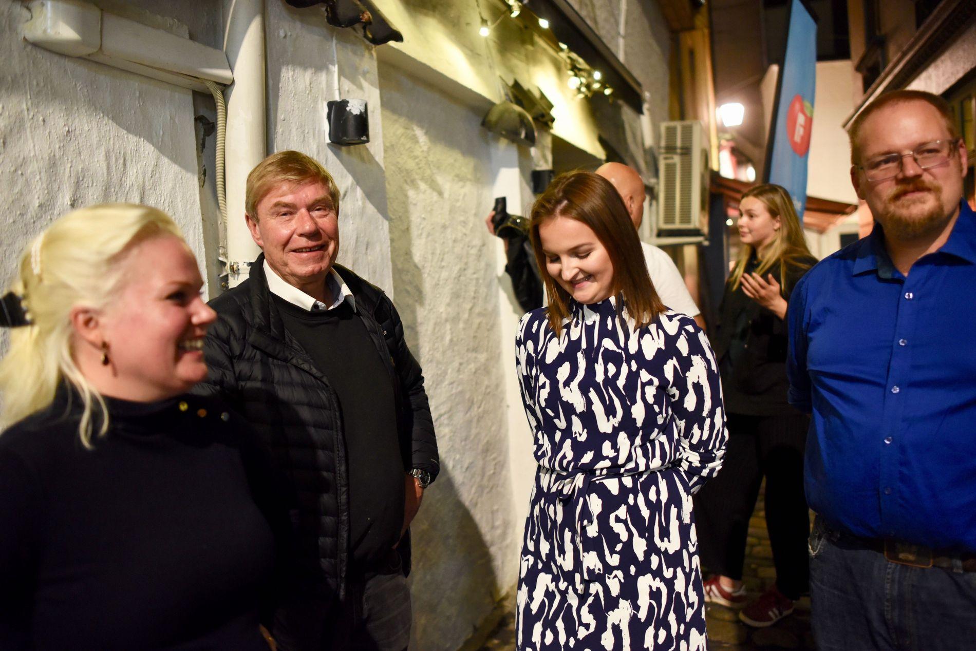 DÅRLIG VALG: – Det er ikke tvil om at bompengelisten har tatt en god del av velgerne våre, sier Tor Woldseth( i midten)