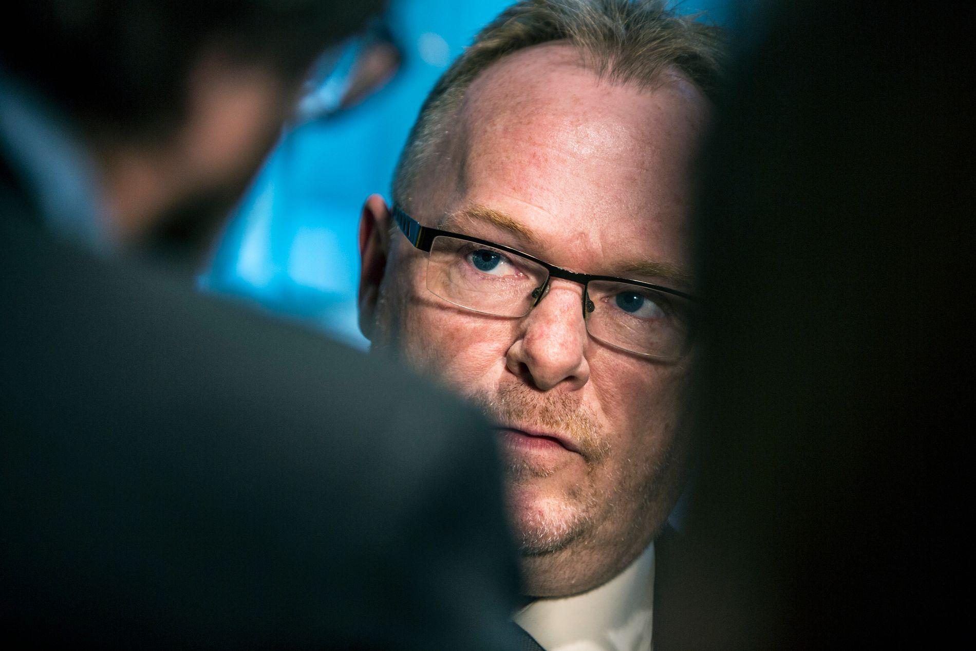 FOLKELIG: Fiskeriminister og nestleder Per Sandberg representerer de folkelige protestvelgerne i regjering. Han står for støy, provokasjon og snakk fra leveren.