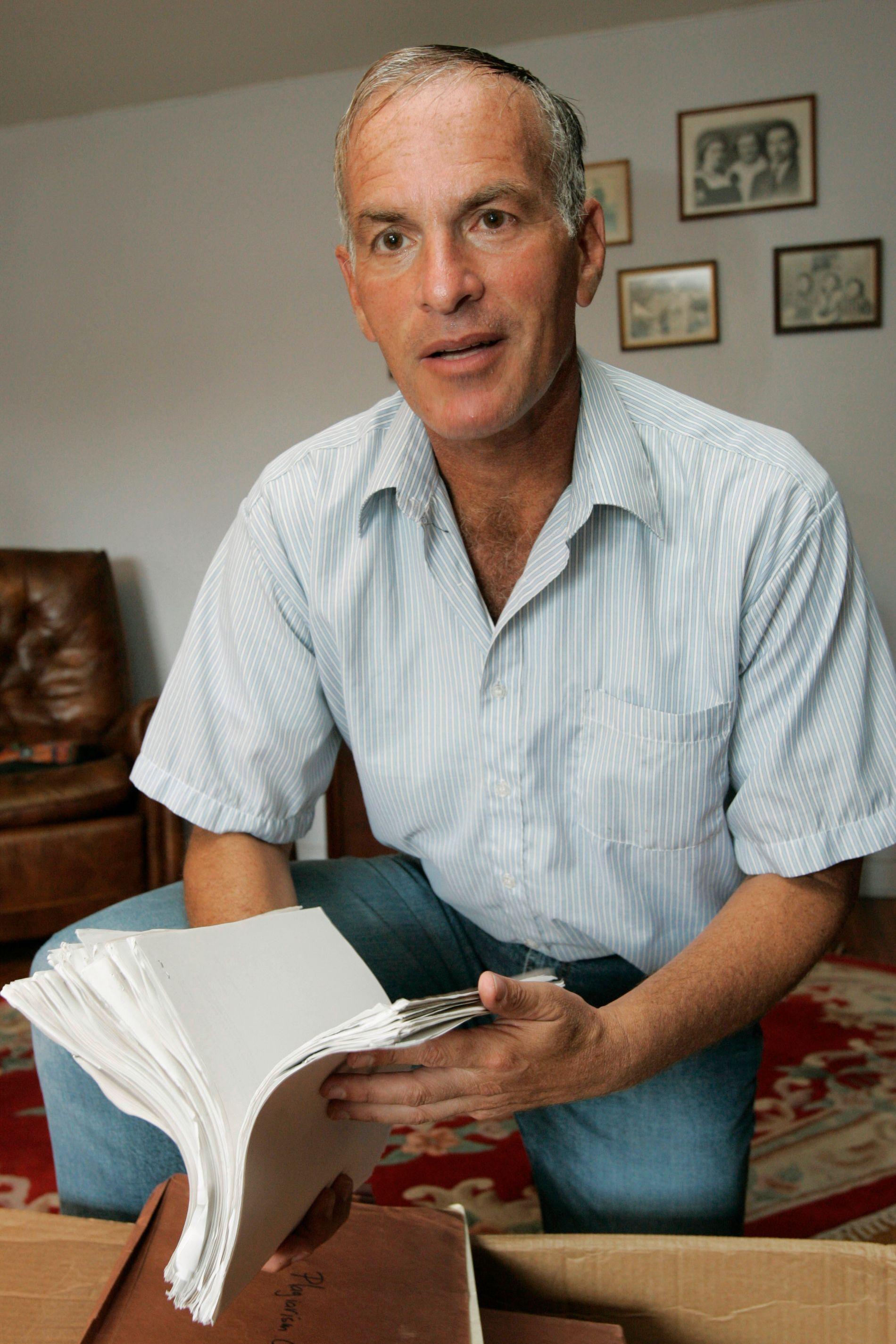PÅ BERGENSBESØK: Nevner du navnet Norman Finkelstein for troende Israels-venner, er det fare for at de fort vil gå i svart. Den amerikansk-jødiske akademikeren og forfatteren er trolig en av de mest slagferdige, konsekvente og kontroversielle kritikere av «Det hellige landet», skriver Frode Bjerkestrand.