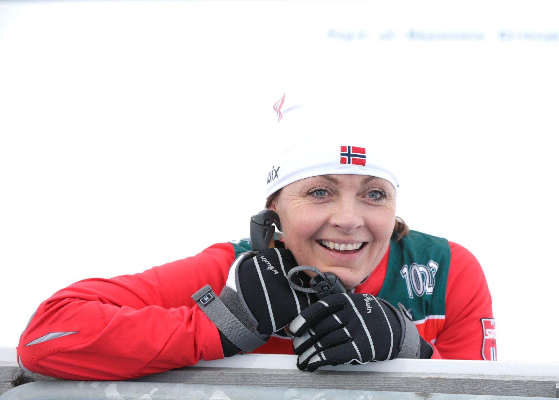 Liv Grete Skjelbreid jobber nå som NRK-ekspert. Her er hun under VM i 2015.