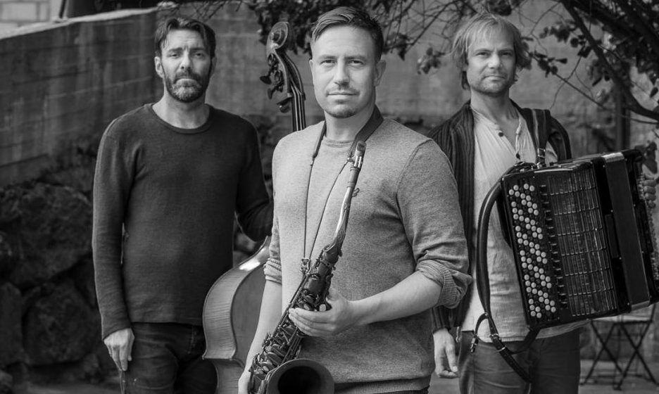 HÅKON KORNSTAD TRIO: Disse tre spiller sofistikert hybrid av jazz og klassisk på Sardinen fredag.