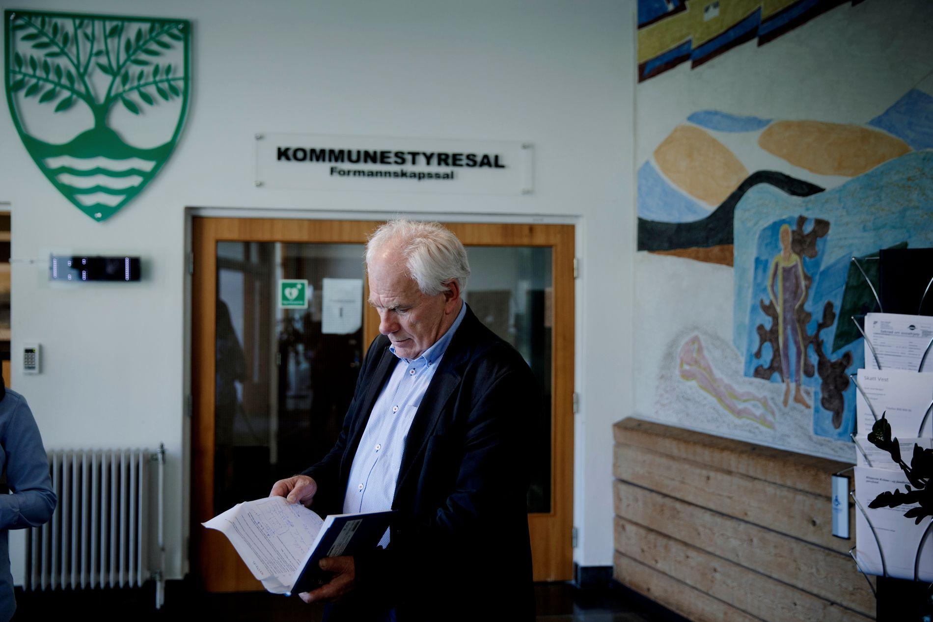 NÅ BEGYNNER GRANSKINGEN: – Drikkevannet på Askøy er friskmeldt, men denne saken er langt fra ferdig, skriver Bergens Tidende på lederplass.