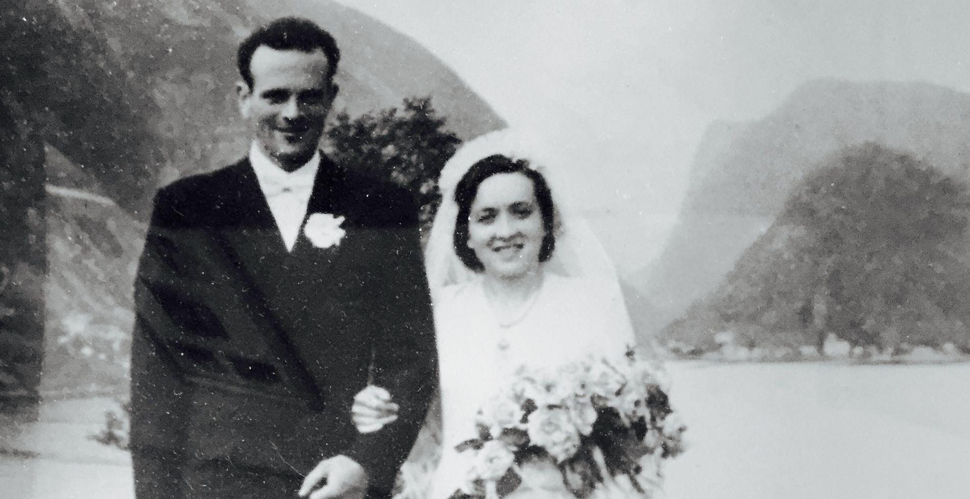 GIFT TIL SLUTT: De giftet seg i 1950. Først over 60 år etter de traff hverandre, røpet hun hvordan de hadde møttes.