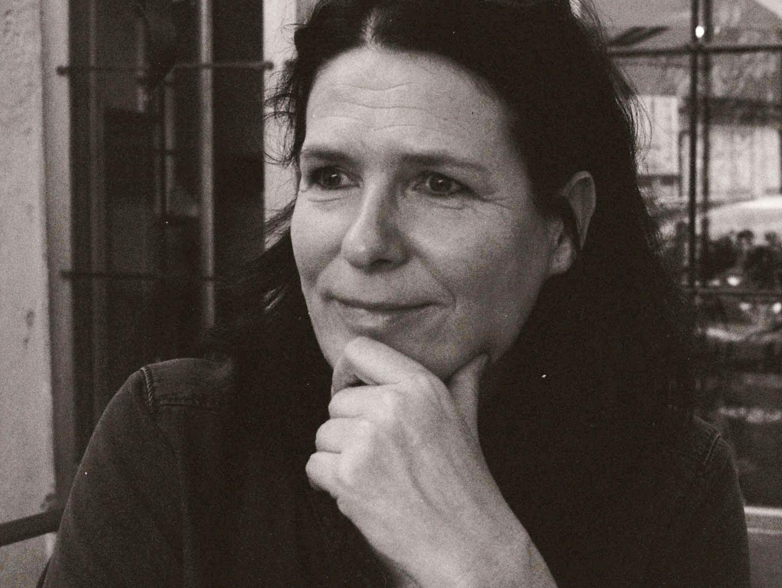 Carolyn Ahmer