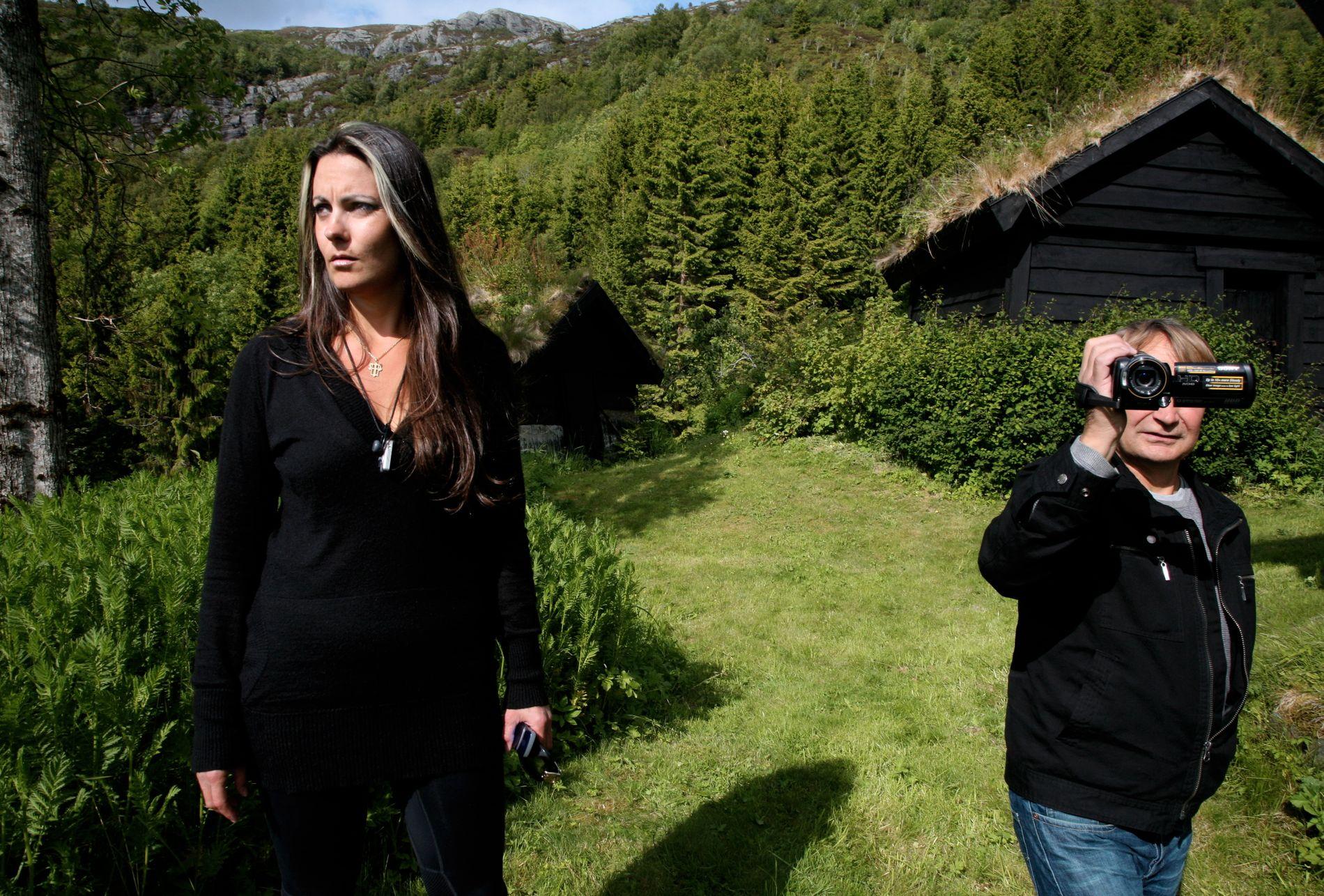 UTKANT: Kva blir att av Sogn og Fjordane i ein ny vestlandsregion, spør Randi Førsund (her saman med filmskapar Nils Gaup)