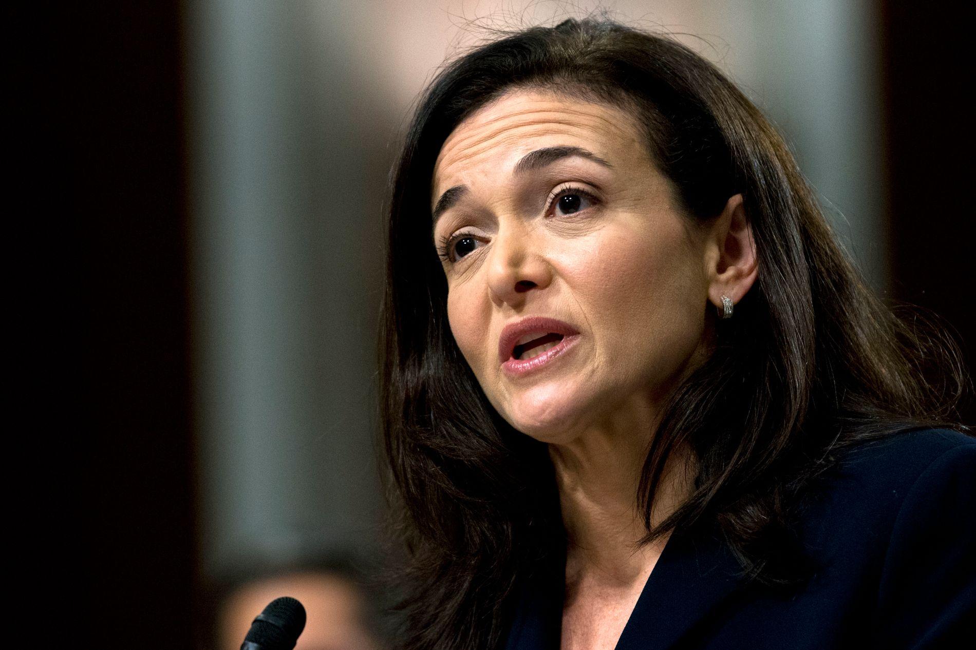 FACEBOOKS SPINNDOKTOR: Selskapets direktør, Sheryl Sandberg, får mye kritikk for Facebooks krisehåndtering.