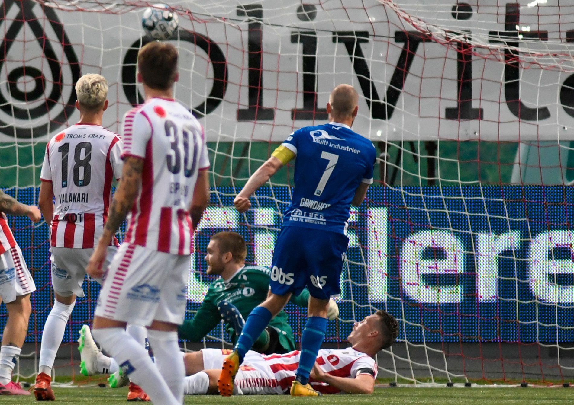 Her har Christian Grindheim nettopp satt inn 2–2 for Haugesund borte mot Tromsø.