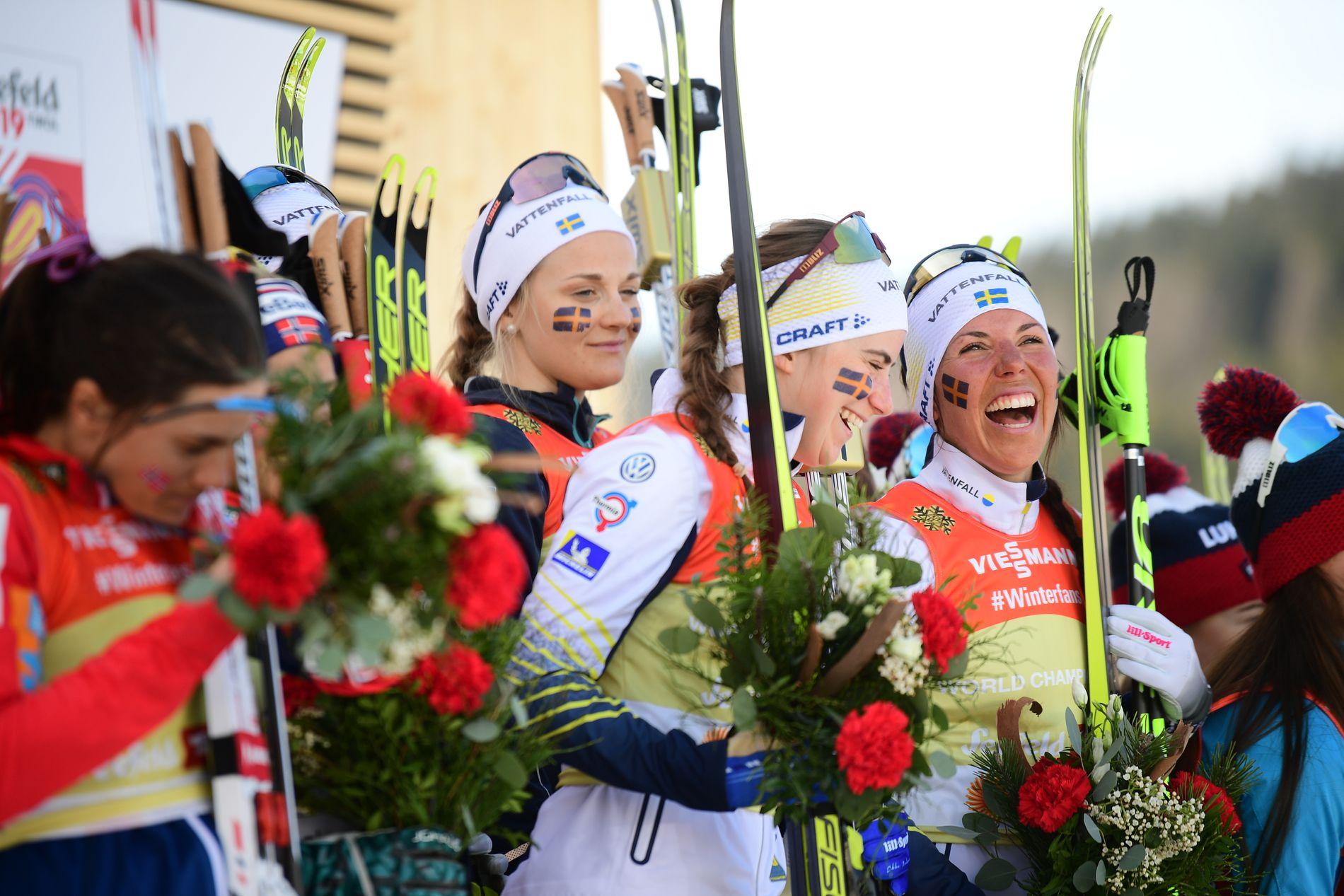 For en deilig dag det ble for de svenske kvinnene torsdag. Snittalderen på laget er 24 år, svensk damelangrenn har virkelig noe på gang.
