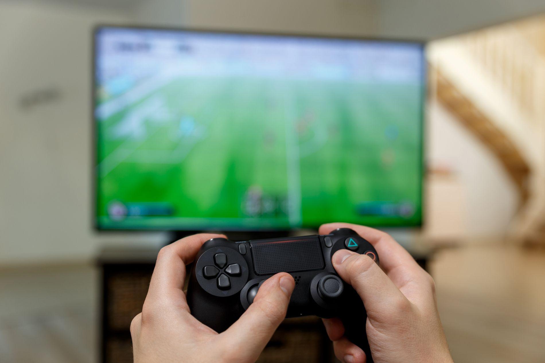KJØPEPRESS: Noen ganger gir kjøp i spill tilgang til ting som gir prestisje og får deg til å se bra ut. Andre ganger gir det direkte fordeler i spillet, skriver innsenderen.
