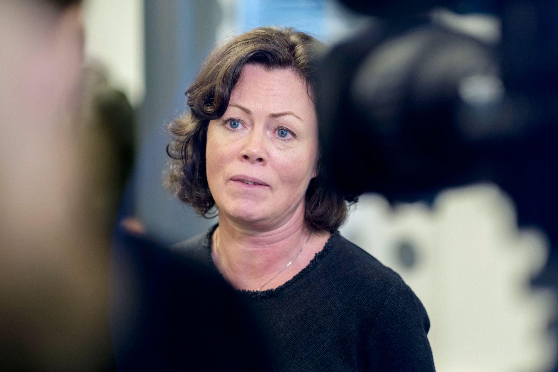 I går la barneminister Solveig Horne (Frp) frem forslag til lovendringer som skal gjøre foreldreskapet mer likestilt i tilfeller der mor og far ikke bor sammen.