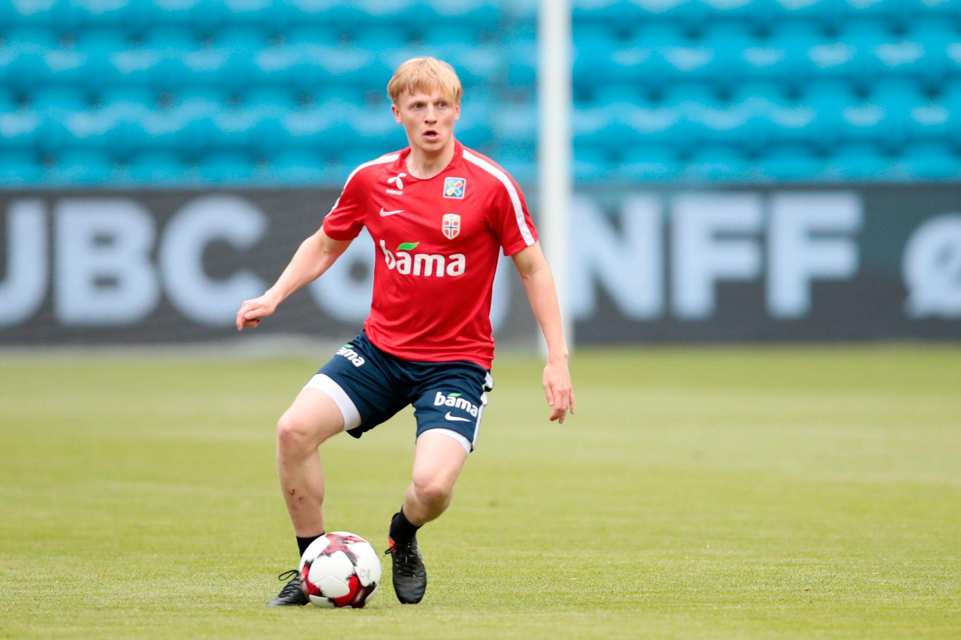 GIR TILBAKE: Mats Møller Dæhli er på plass i Oslo foran landskampene mot Tsjekkia og Sverige. På fritiden liker han å hjelpe gamleklubben Lyn.